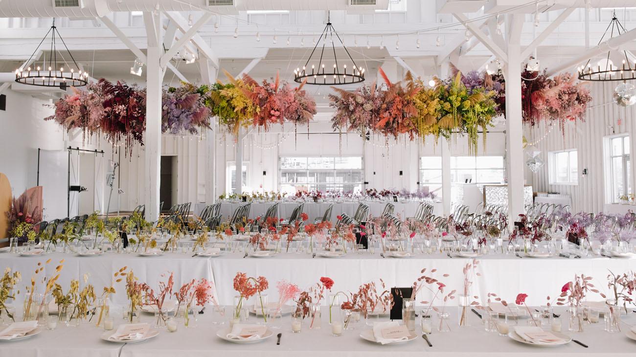 Pastell hängende Blumen Hochzeit