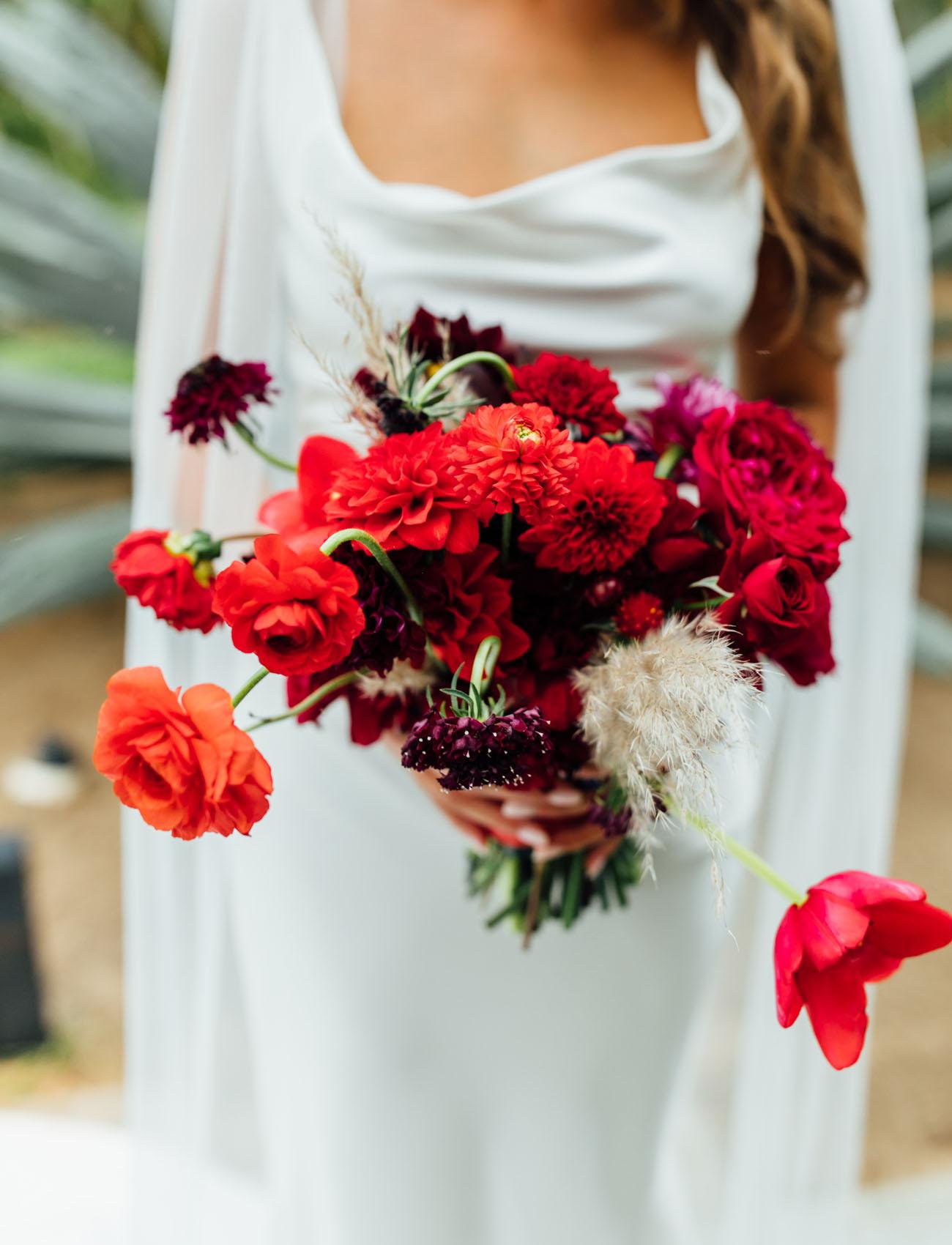 red ranunculus bouquet