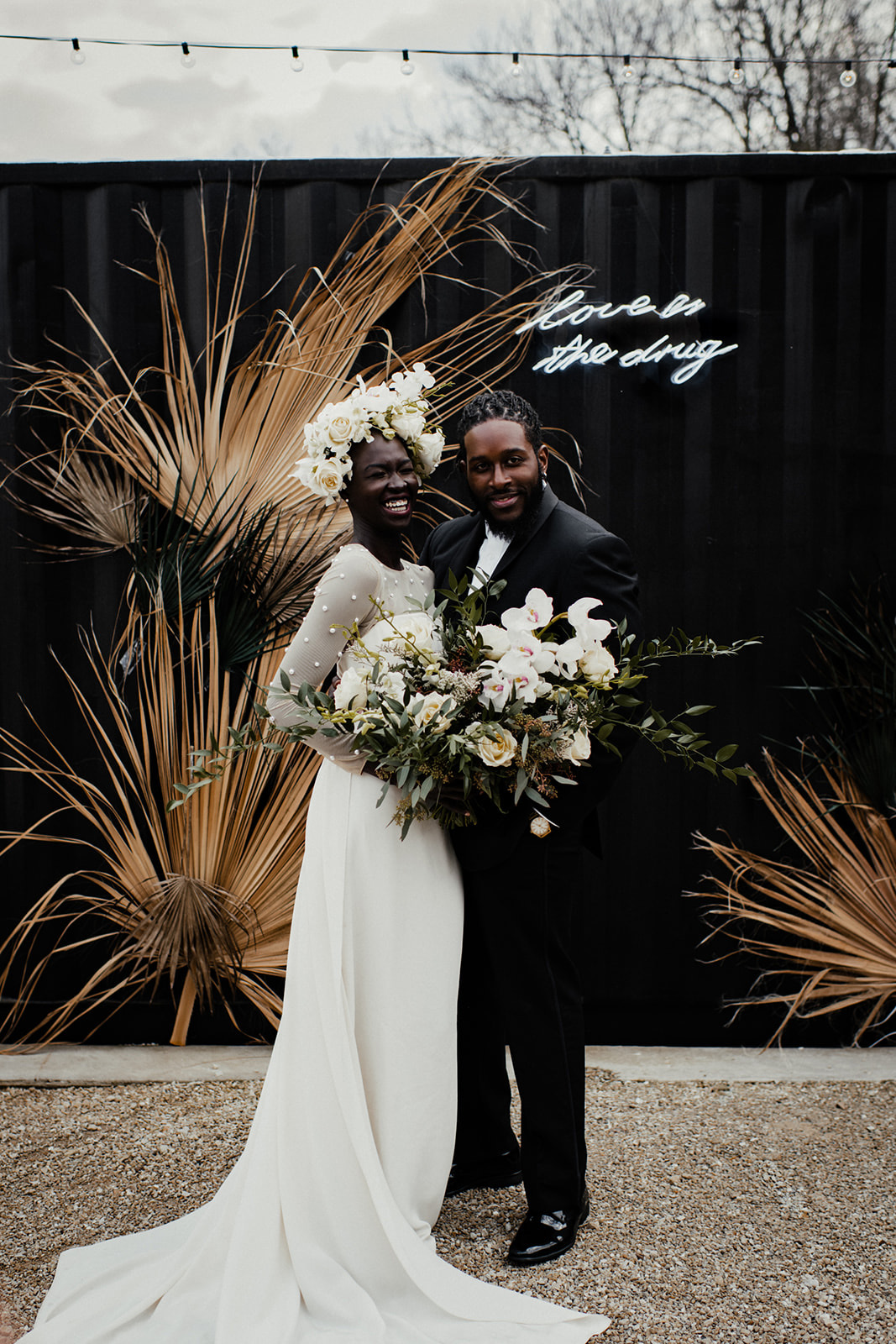 Elopement with dried palms