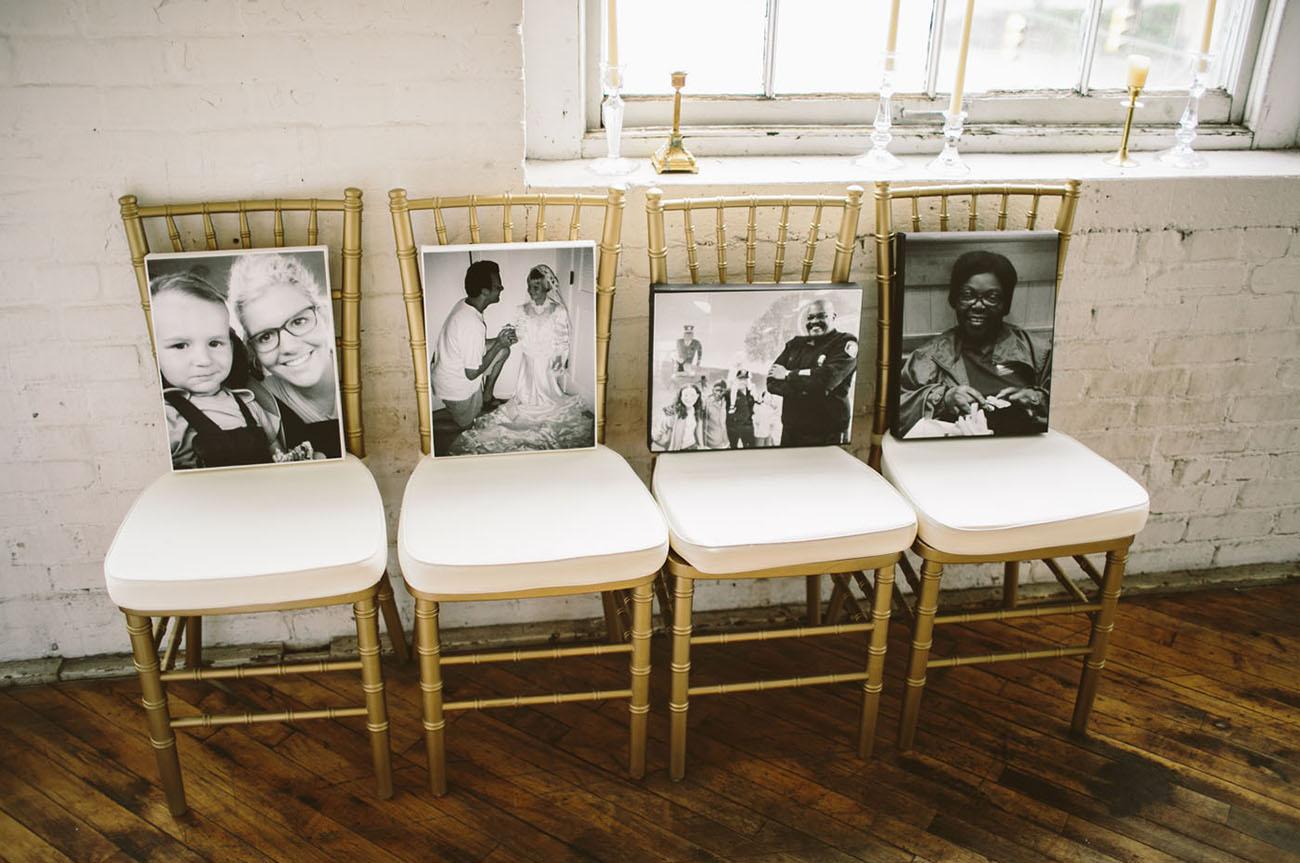 photo frame on seats