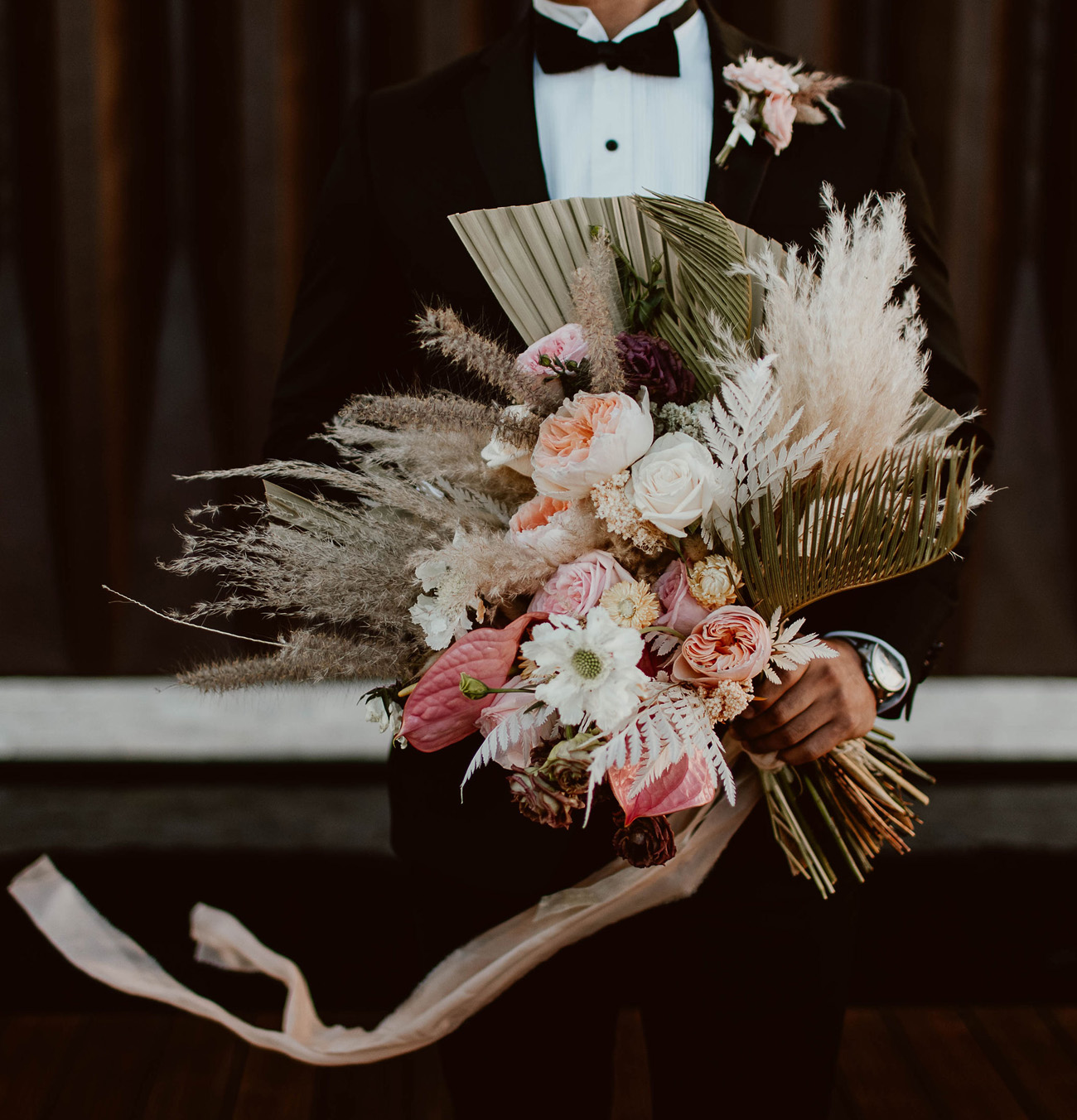 tropical bouquet with dried palms and pampas