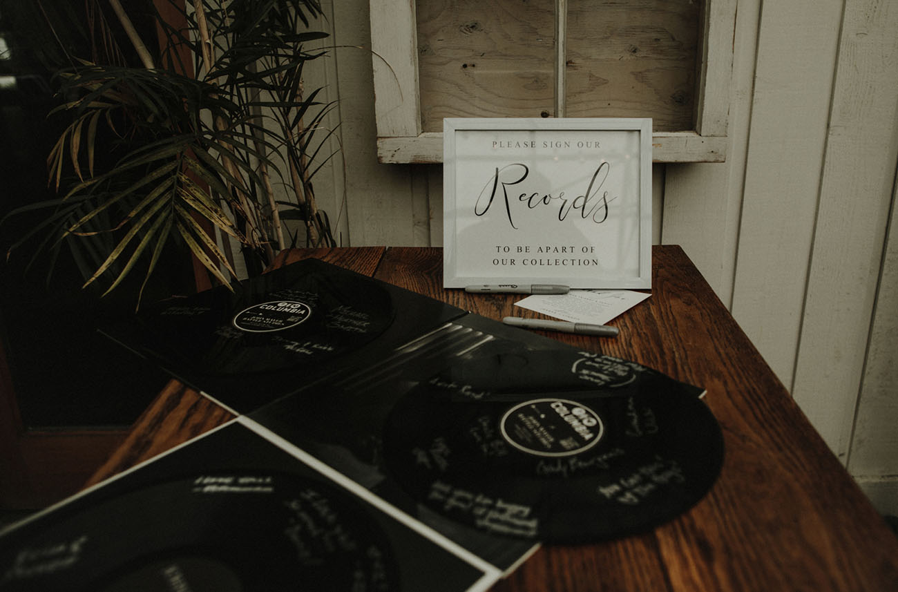 records guest book