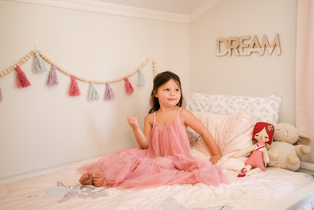 Yarn Tassel Garland for Girls Bedroom