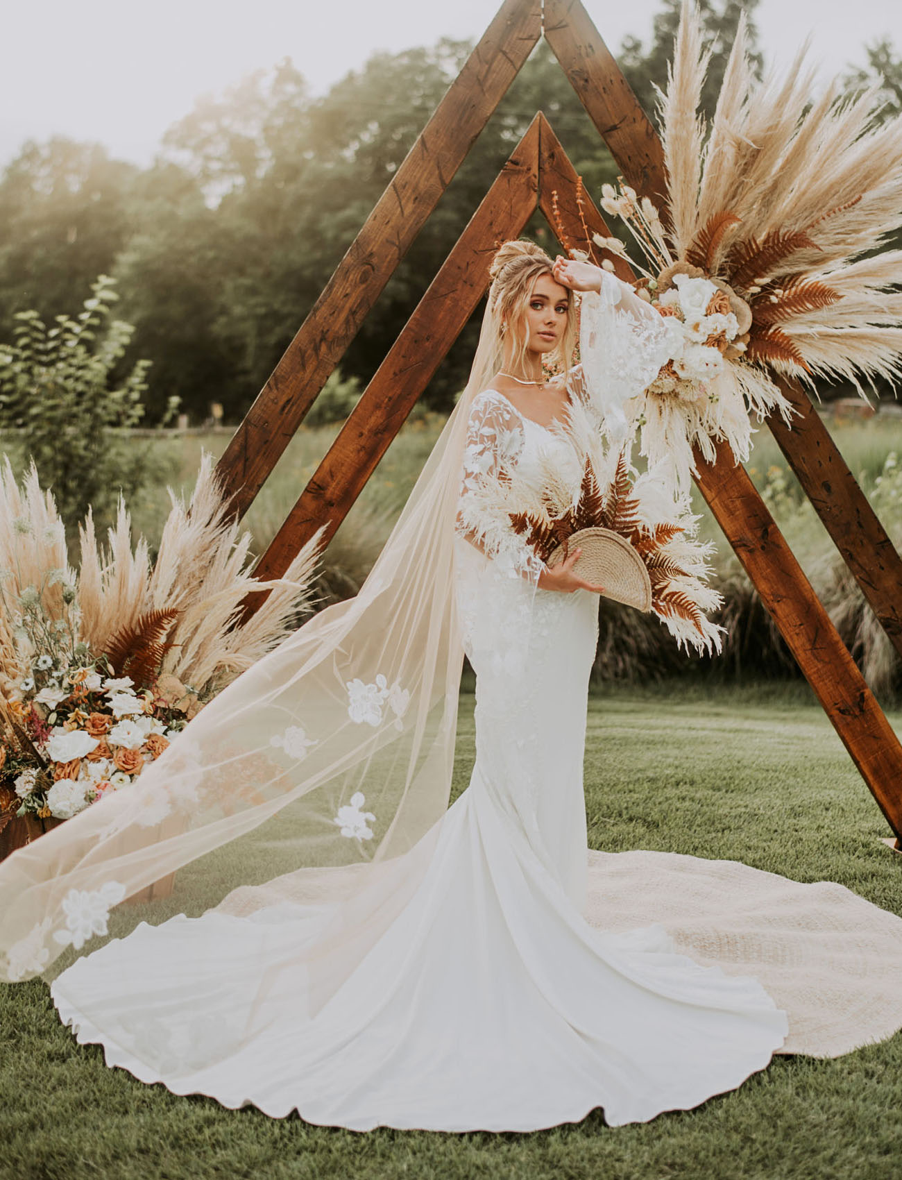 Lovely Bride Wedding Dress
