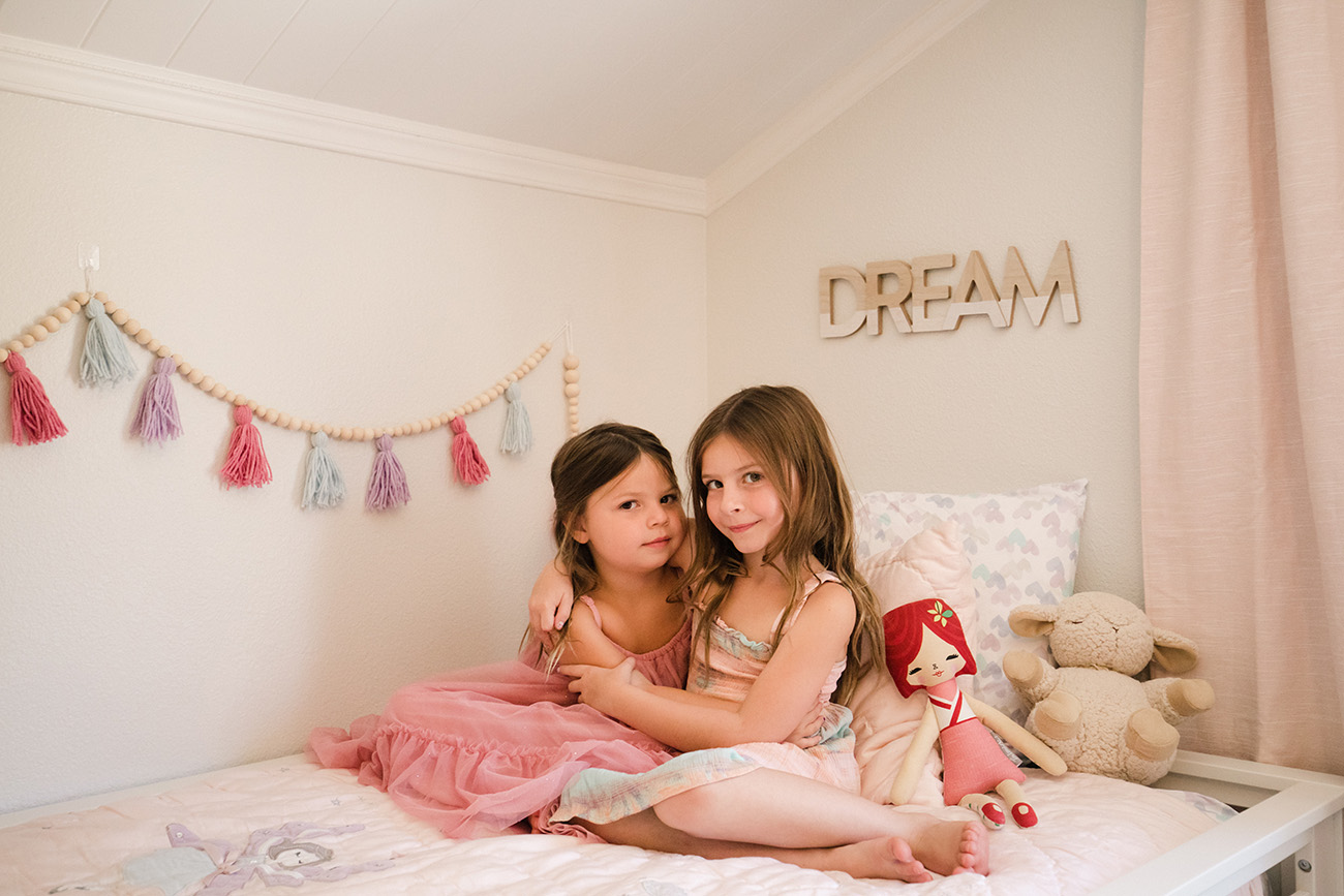 Girls Bedroom in Pink