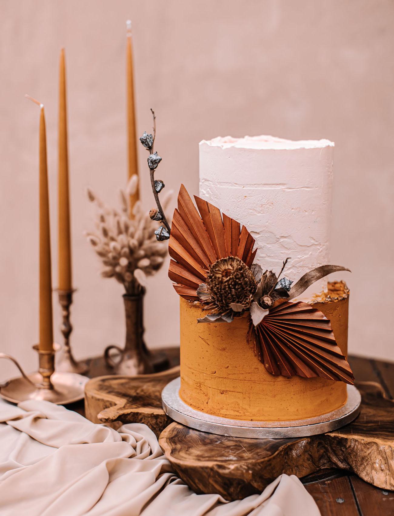 dried palm wedding cake