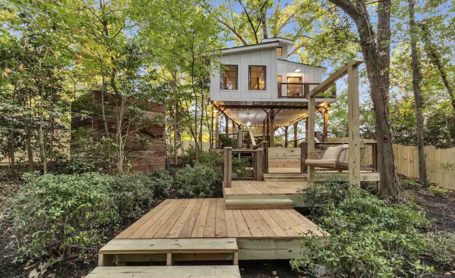 Treehouse for rent