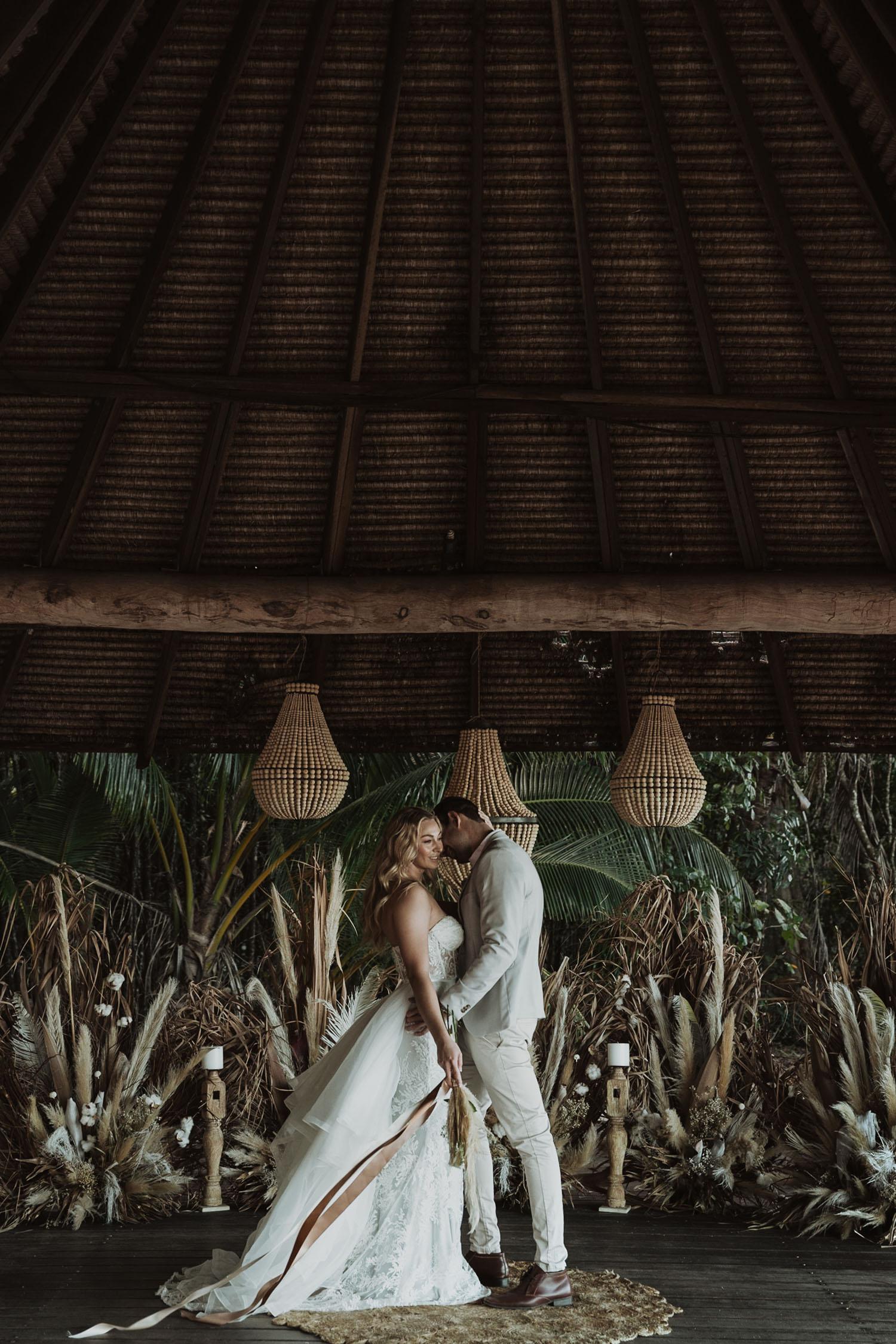 Boho Micro Wedding Guide
