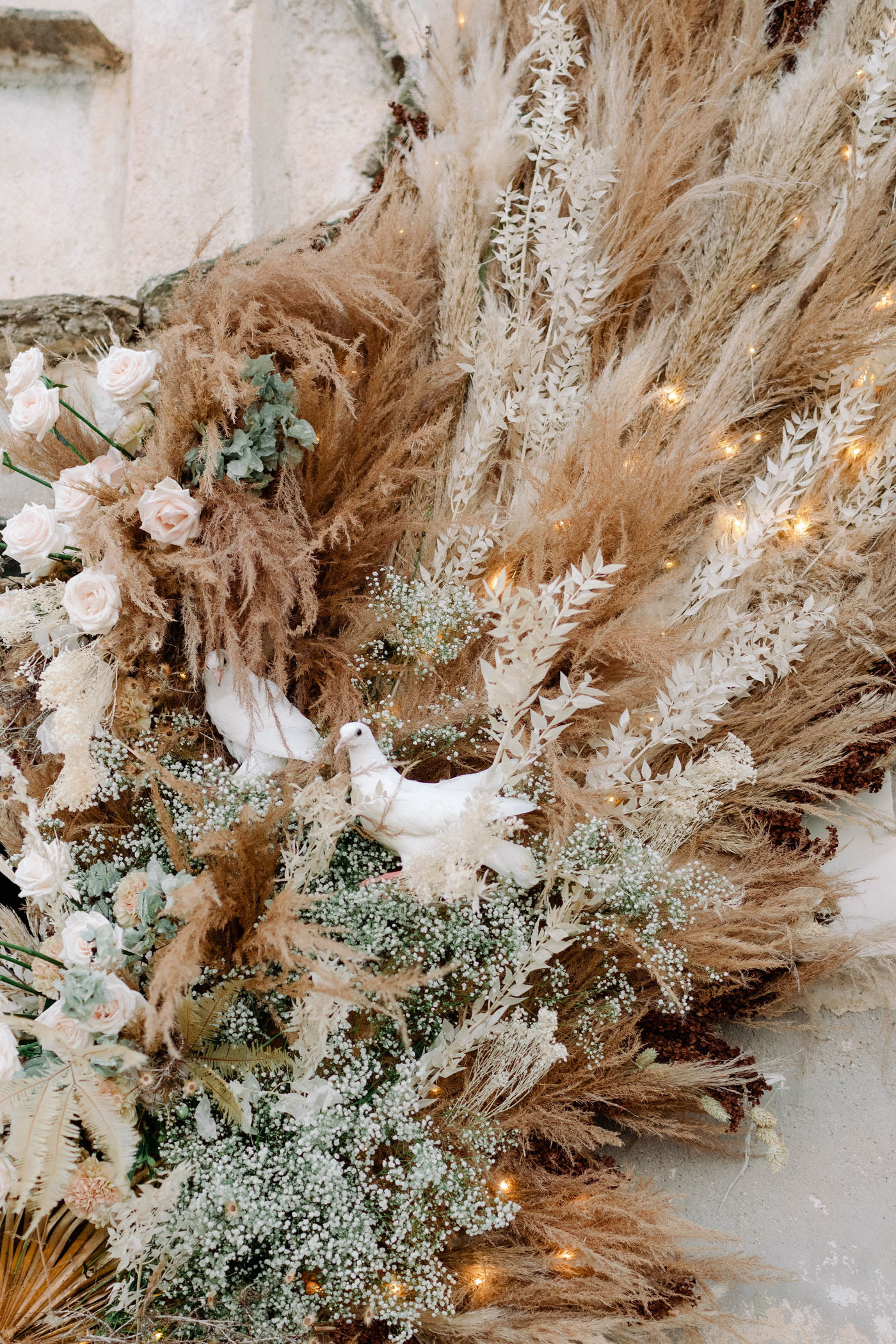 Dried Flower Wings Ceremony Decor