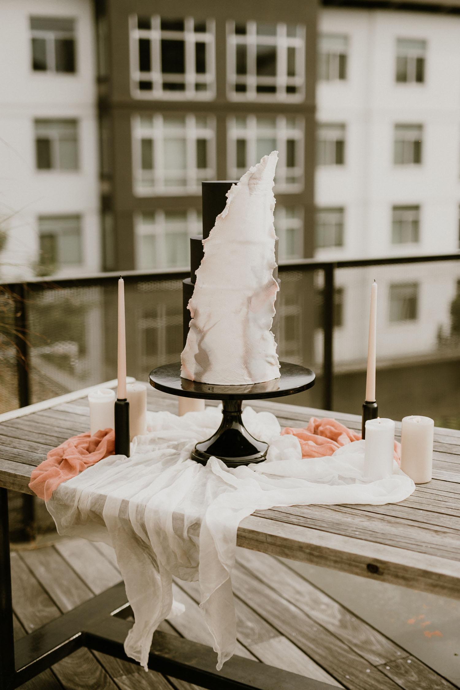 black modern wedding cake