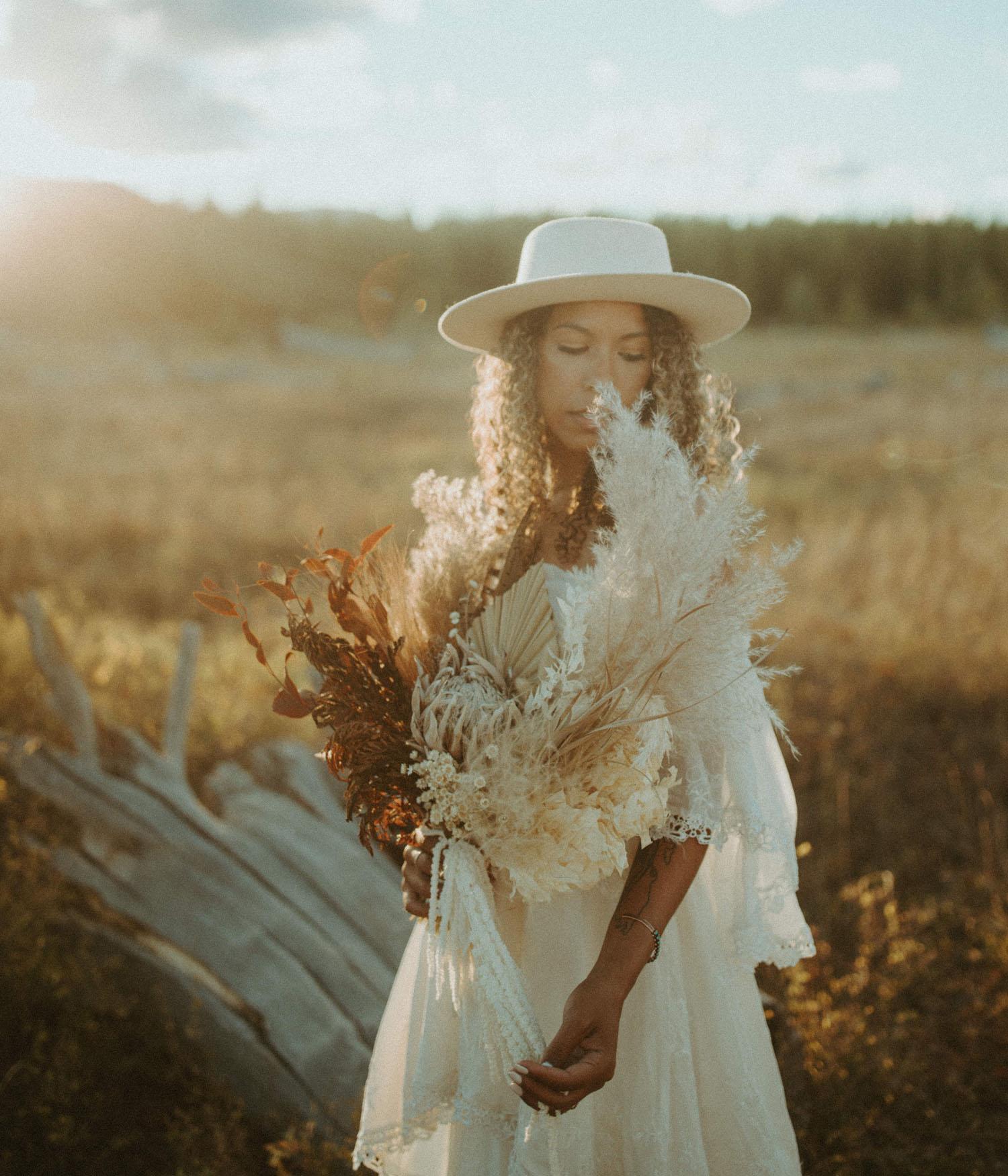 pampas grass dried bouquet