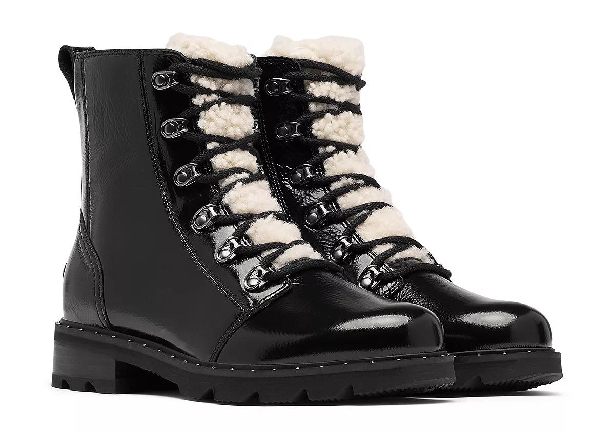 black sorel boots