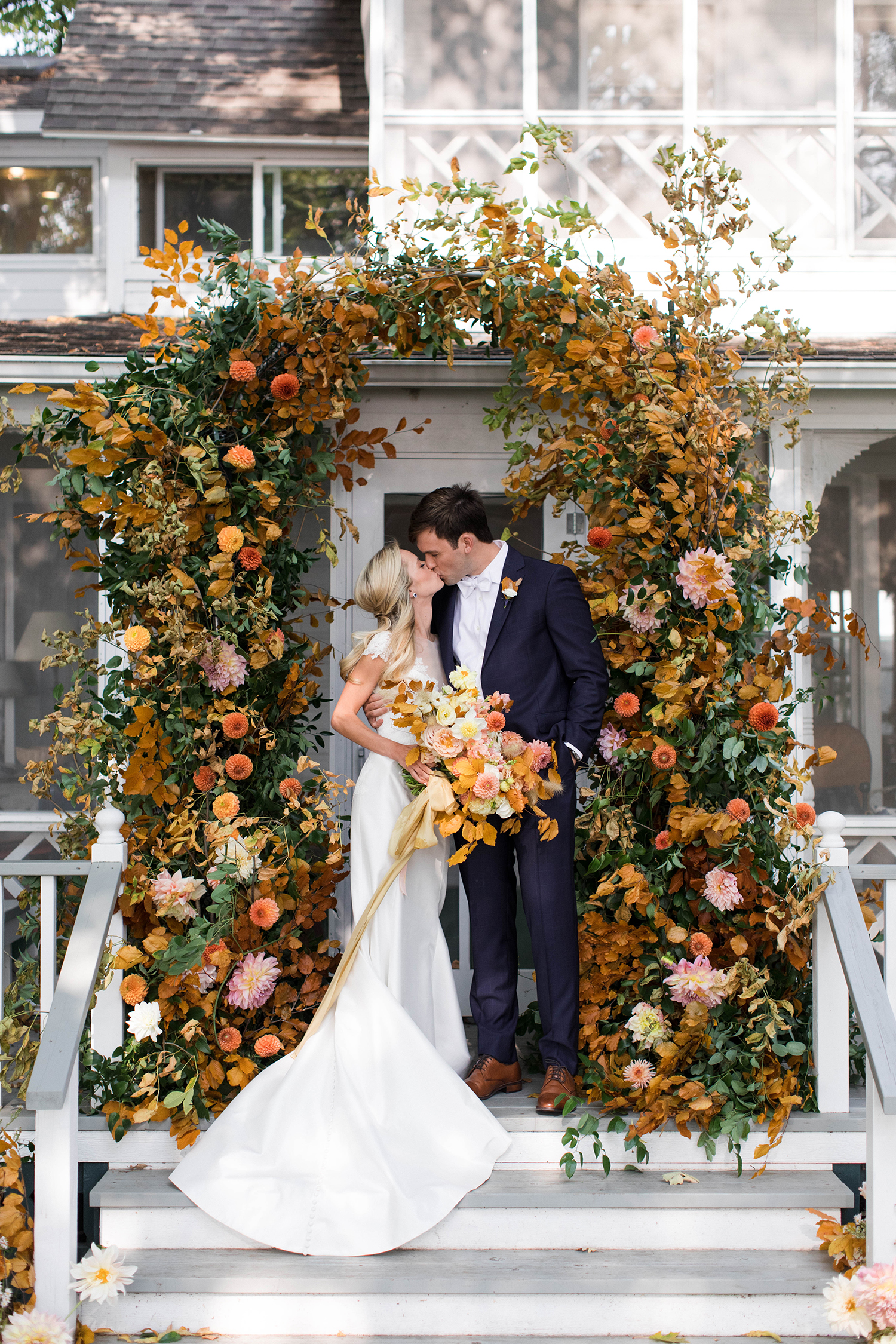 12 Modern Ideas To Plan The Ultimate Fall Wedding