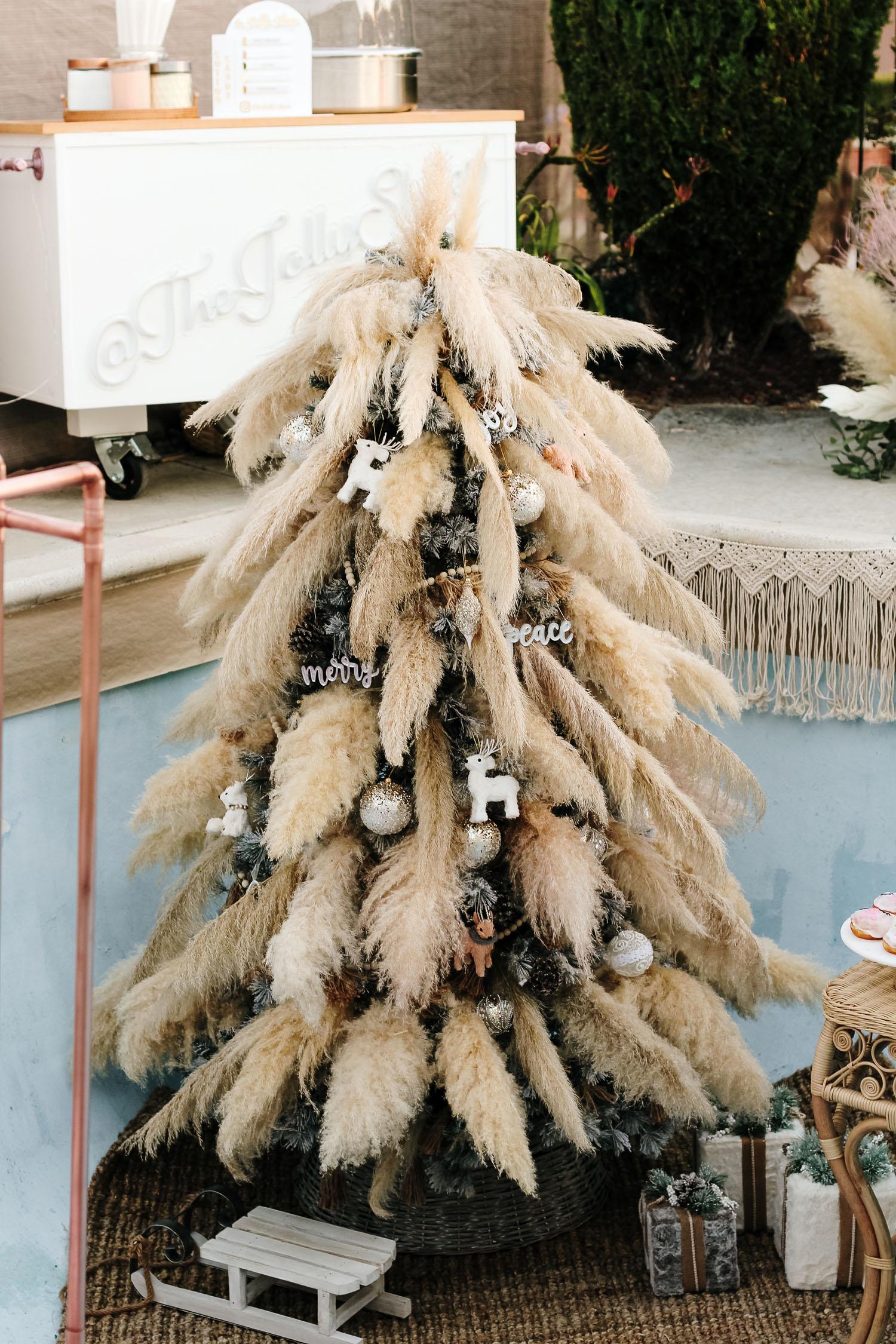 Pampas Grass Christmas Tree