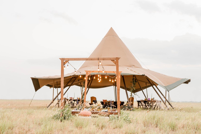 outdoor reception canvas tent