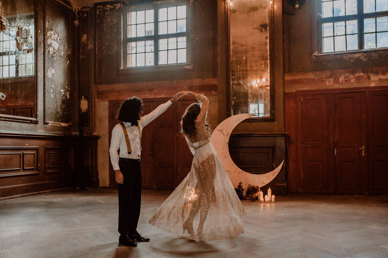 Moody Celestial Wedding Inspiration