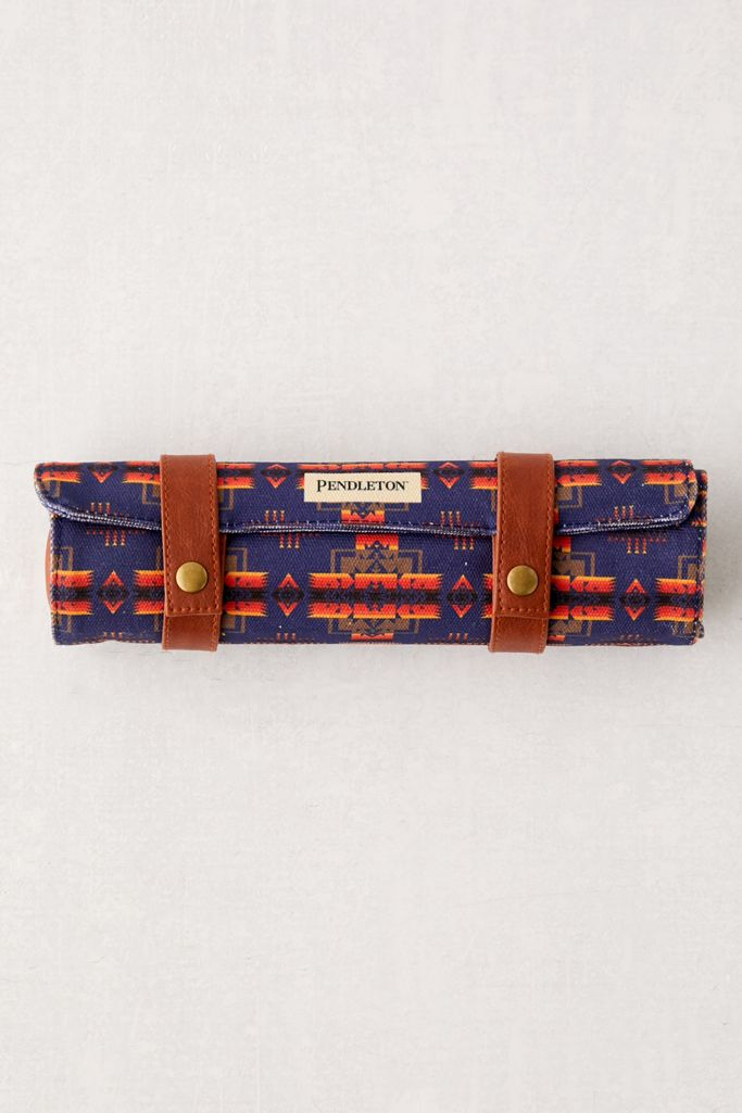 Pendleton Roll-Up Chess + Checkers
