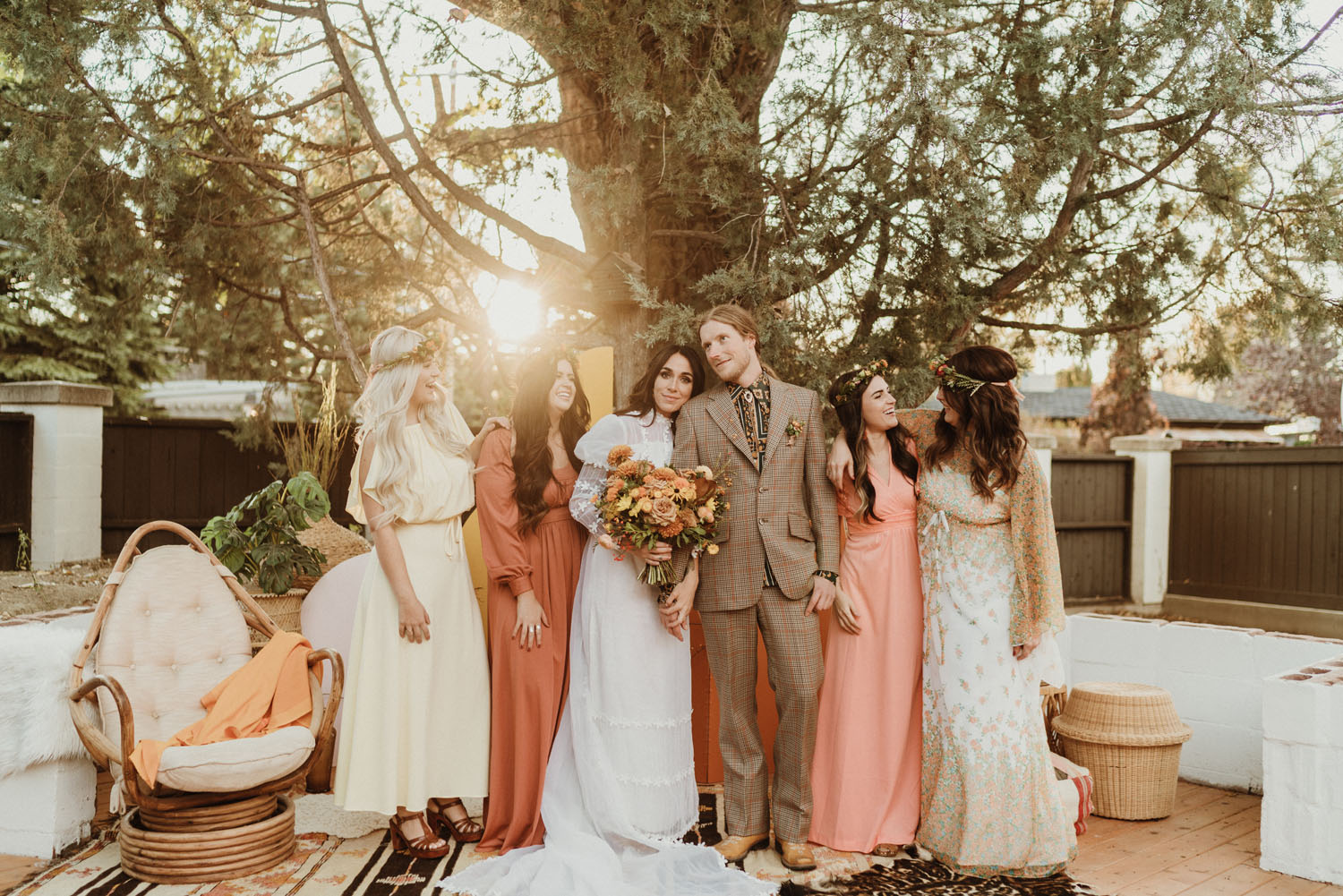 Vintage Fashion For All + '70s-Inspired Backyard Wedding Ideas
