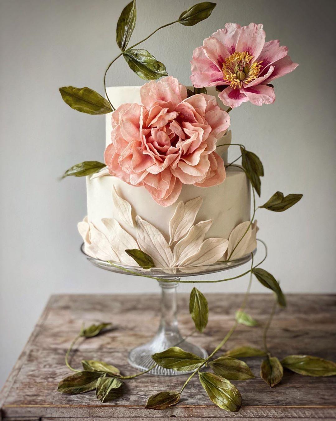 wedding cake with sugar flowers