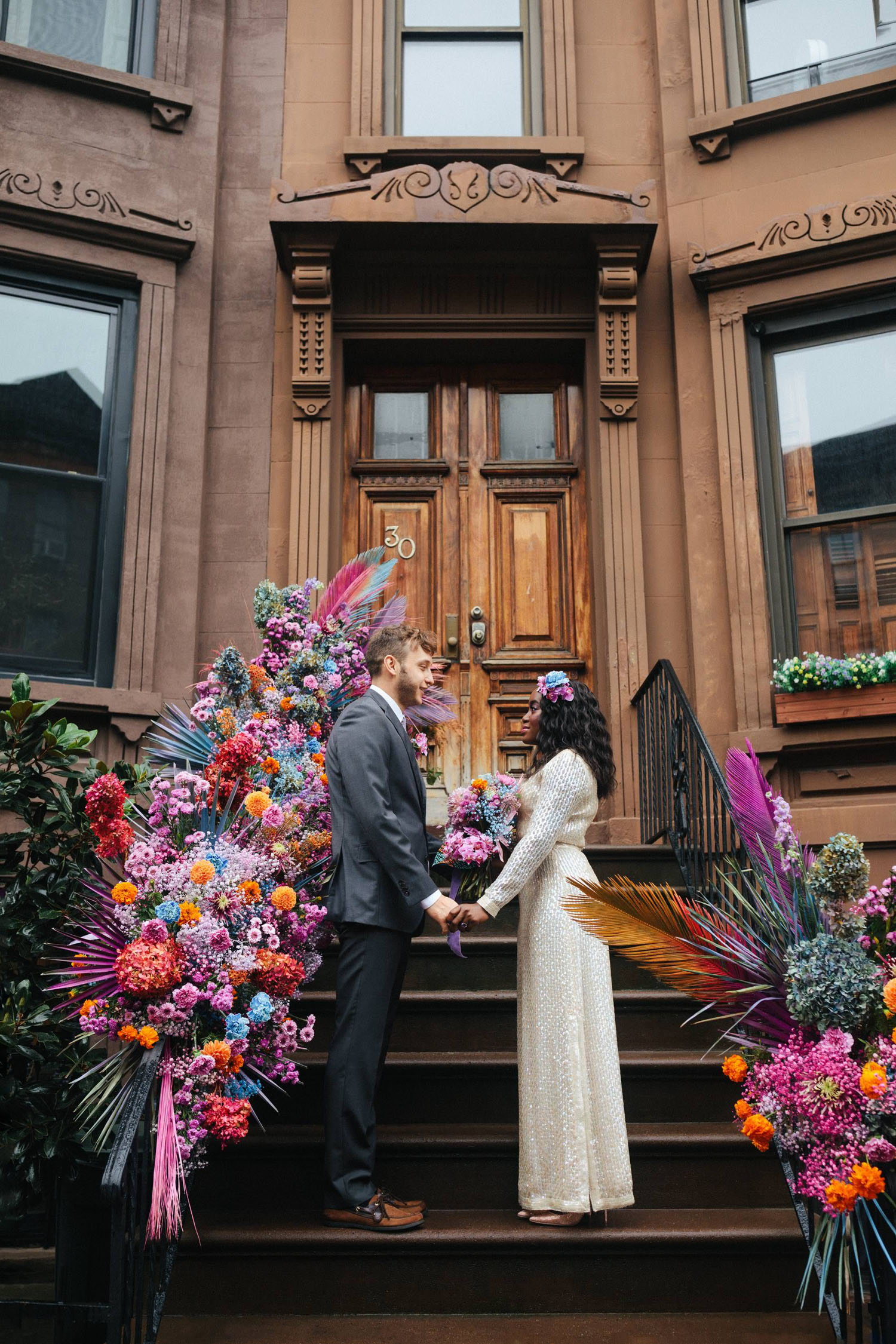 Buntes Brooklyn Stoop Elopement