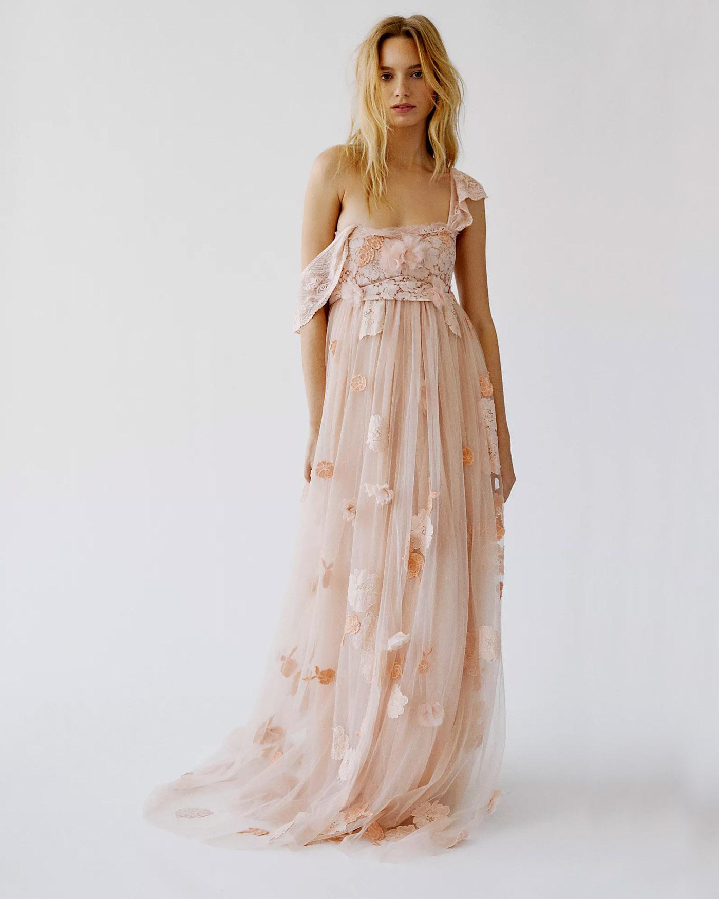 Irene Gown od LoveShackFancy
