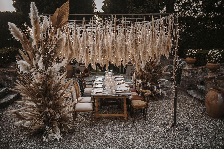 Fairy Light Pampas Grass Wedding Inspiracija