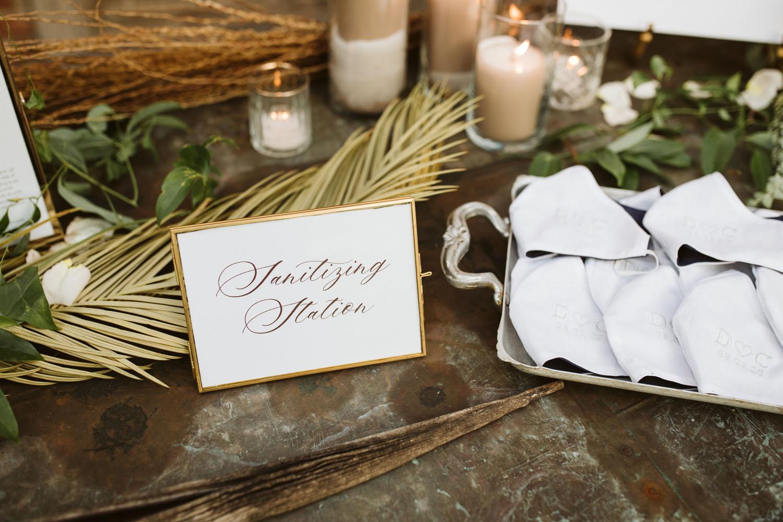 Wedding mask favors