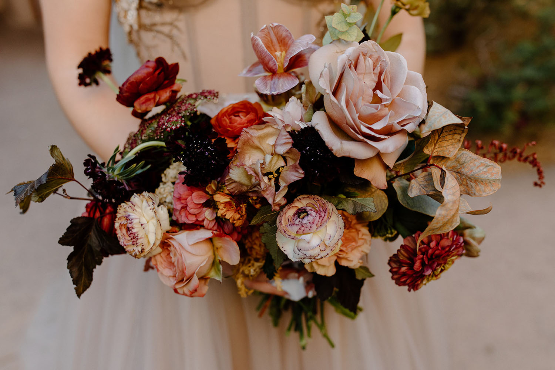 boho antique rose bouquet