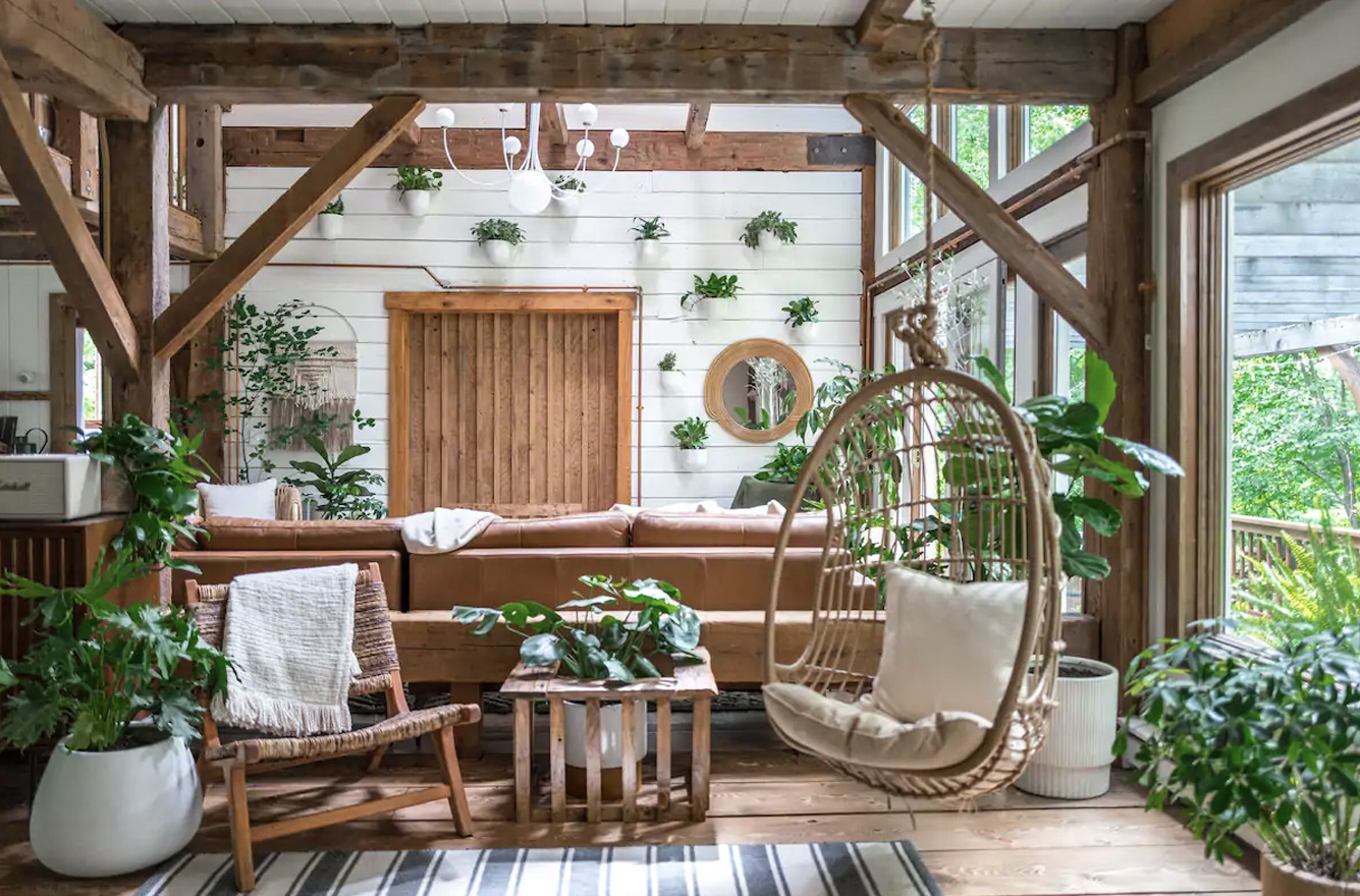 hunter barnhouse airbnb rental