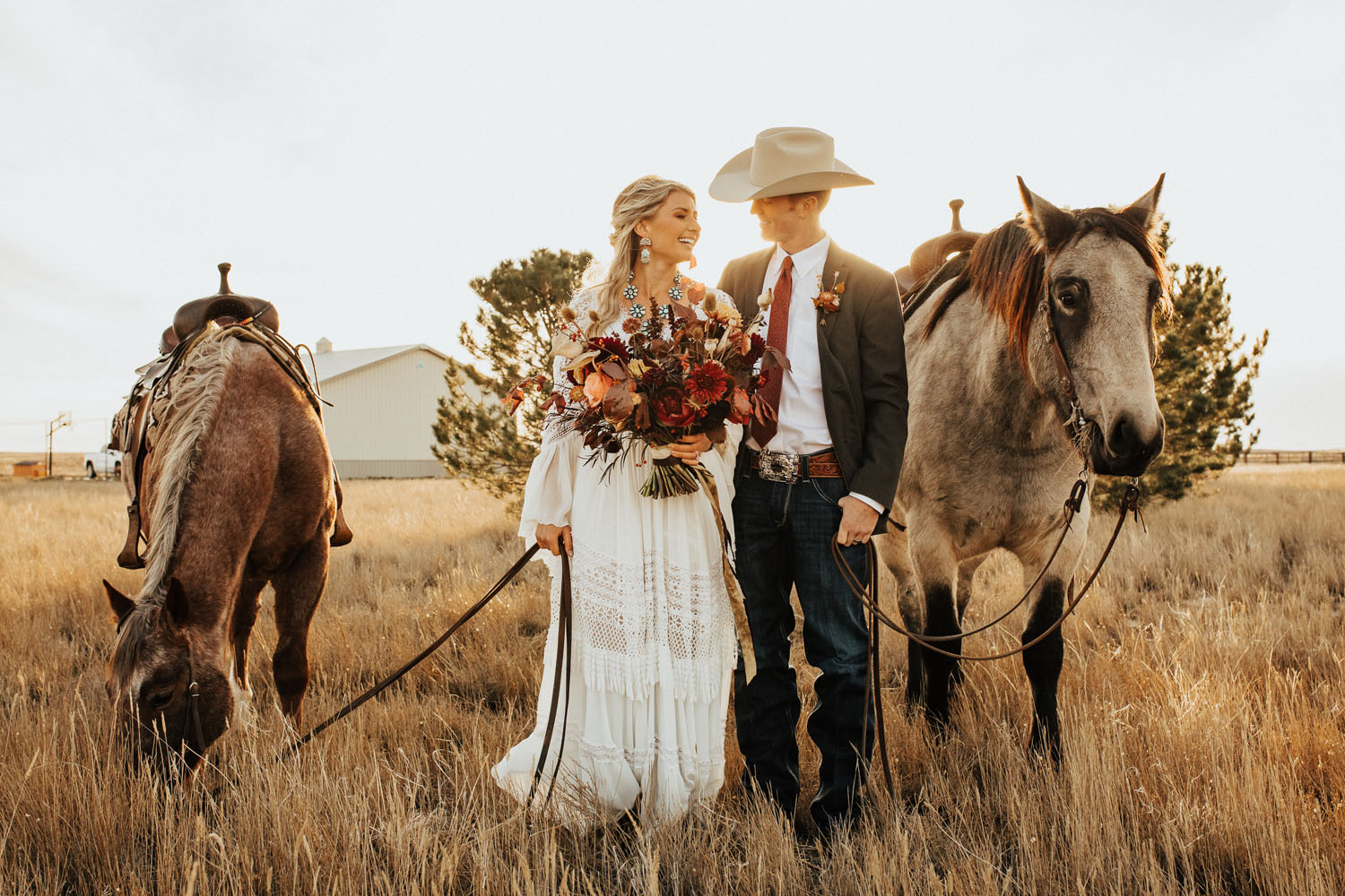 country wedding couple with horses