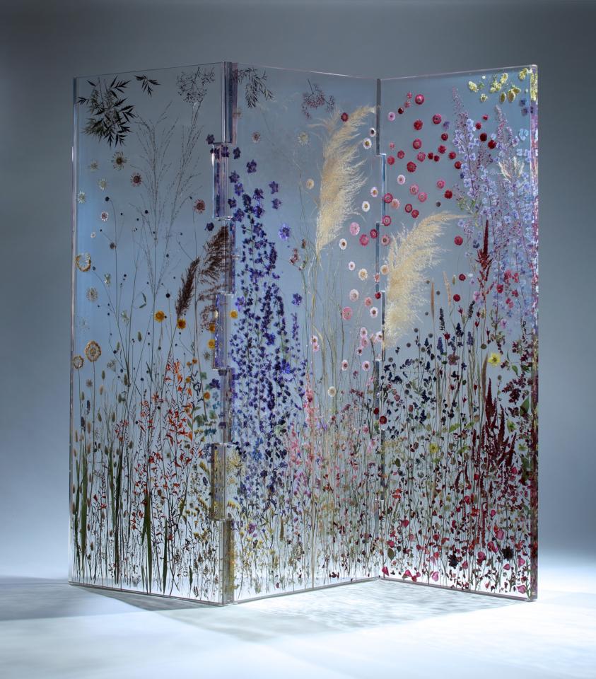 pressed flower backdrop