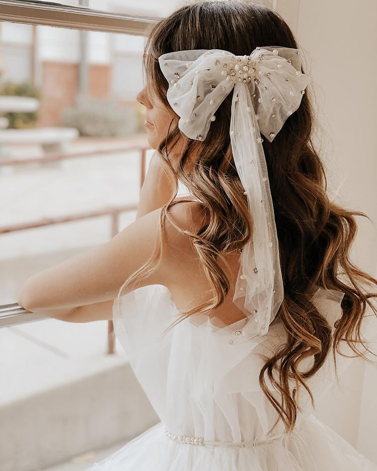 wedding hairstyles with bows