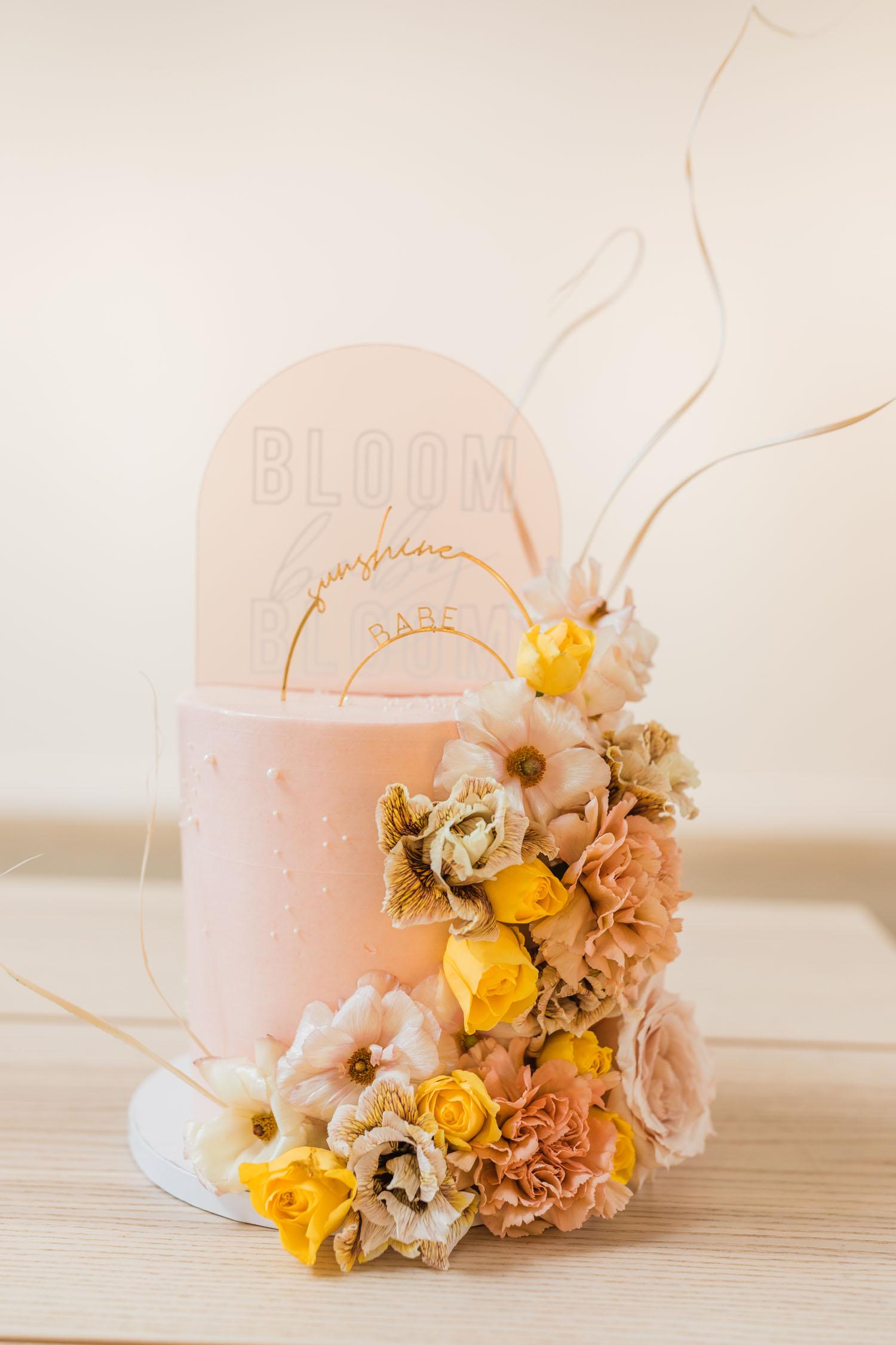 blush floral cake