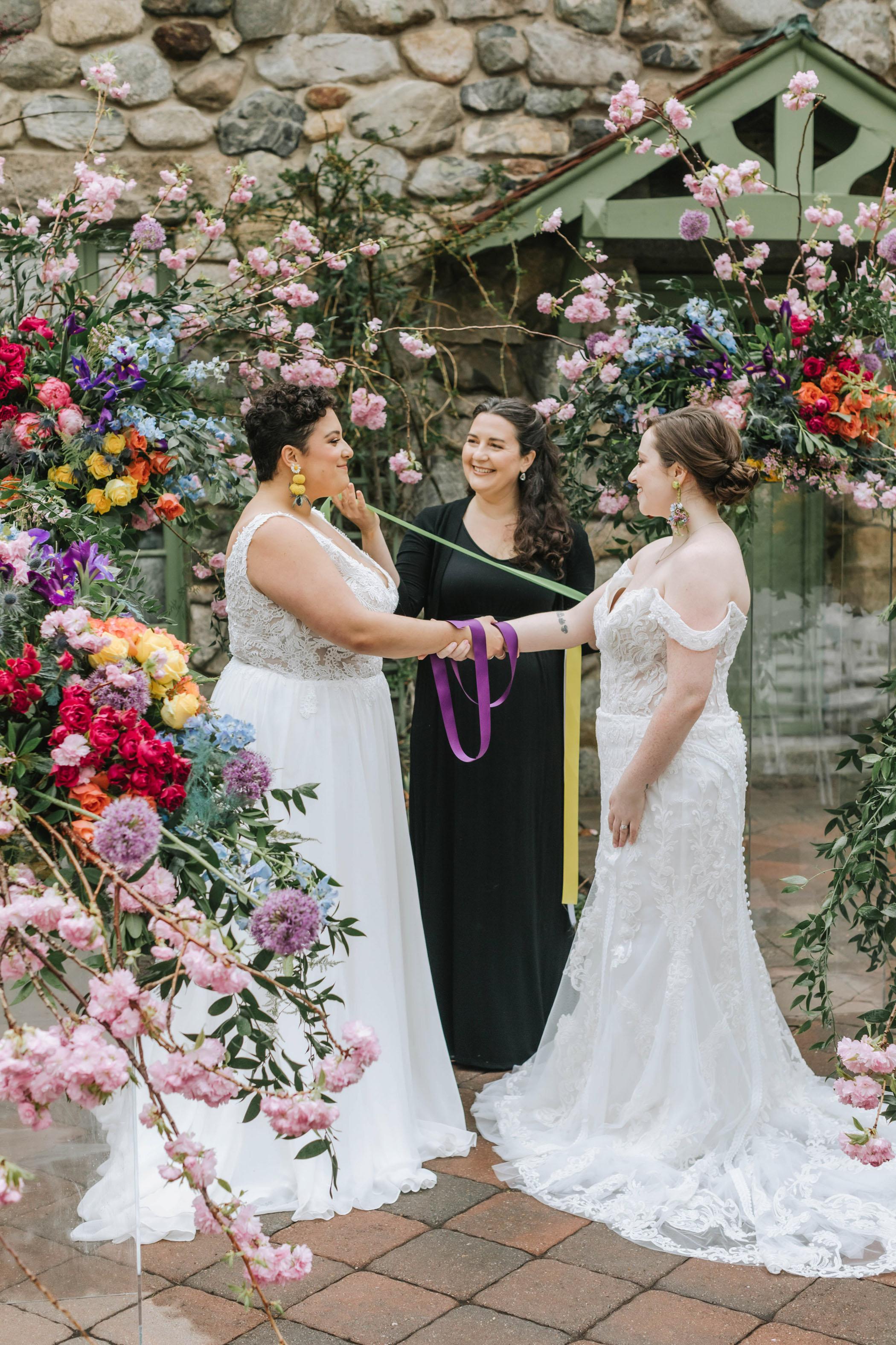 bright-wedding-color-ideas