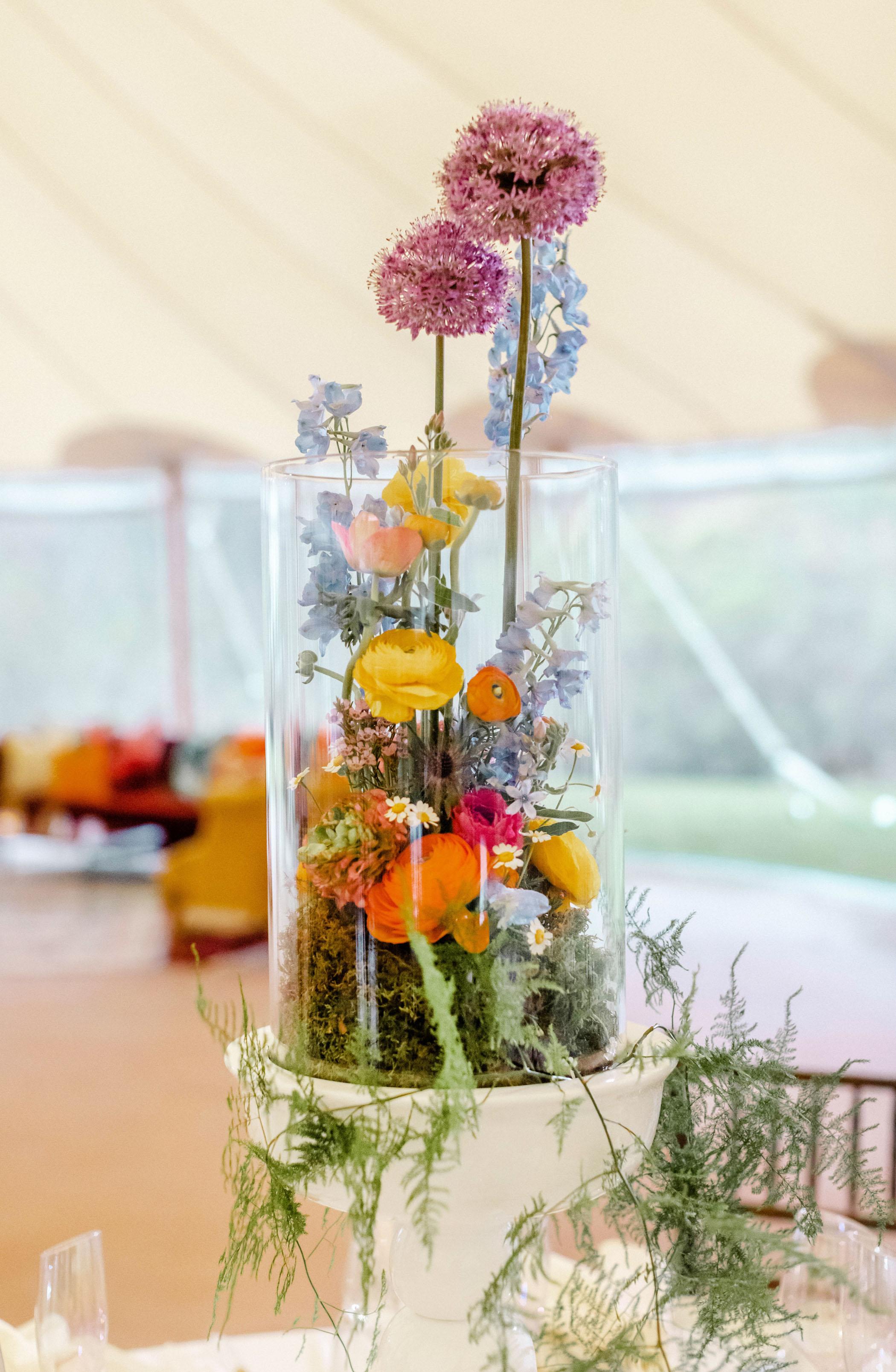 bright-wedding-color-ideas-decor