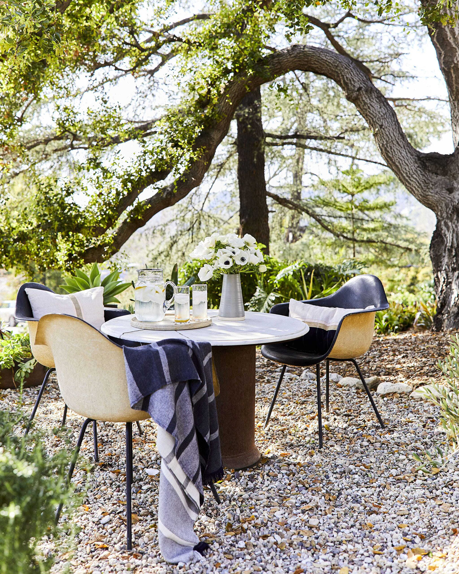 backyard dinner party al fresco dining at home