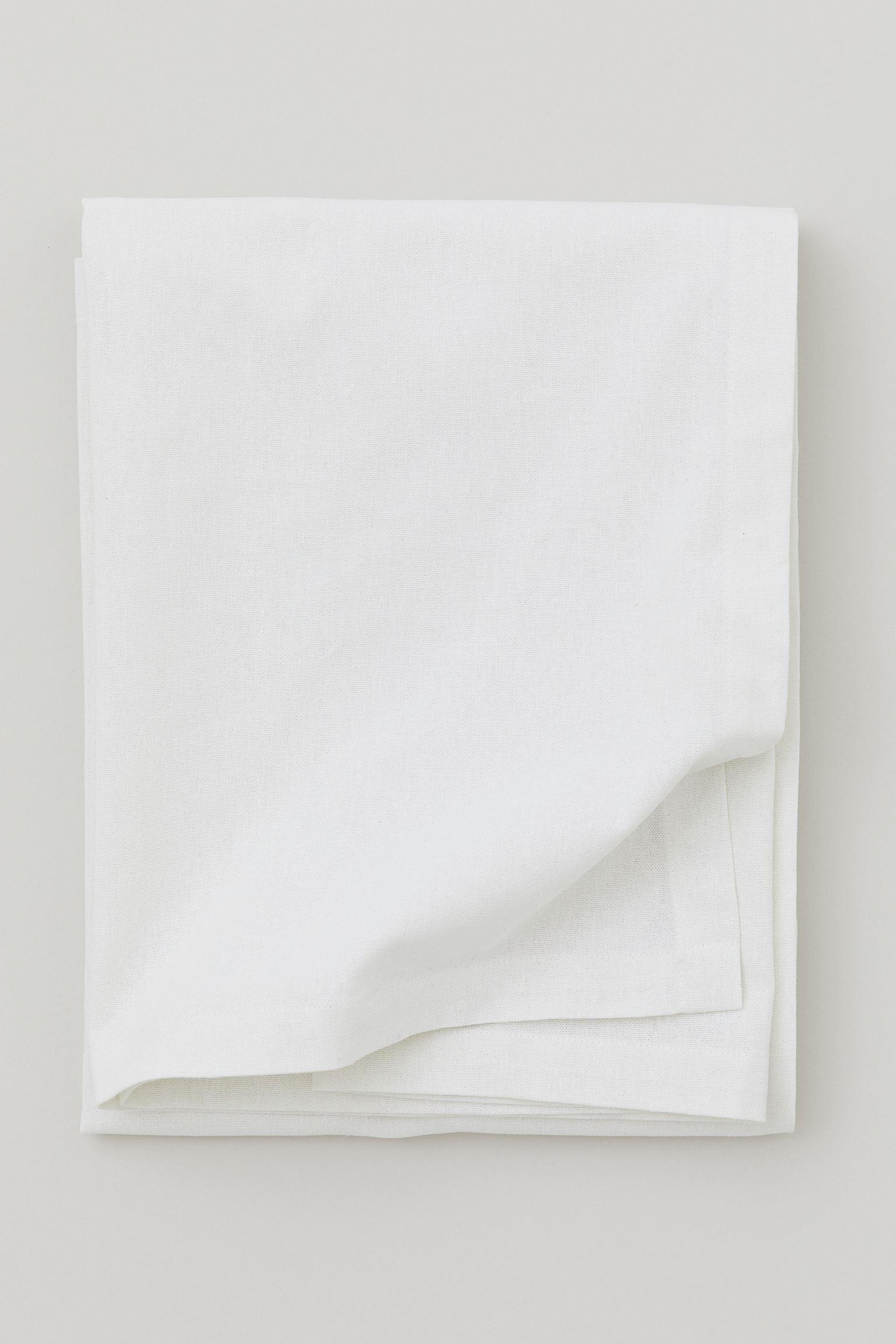 HM cotton tablecloth