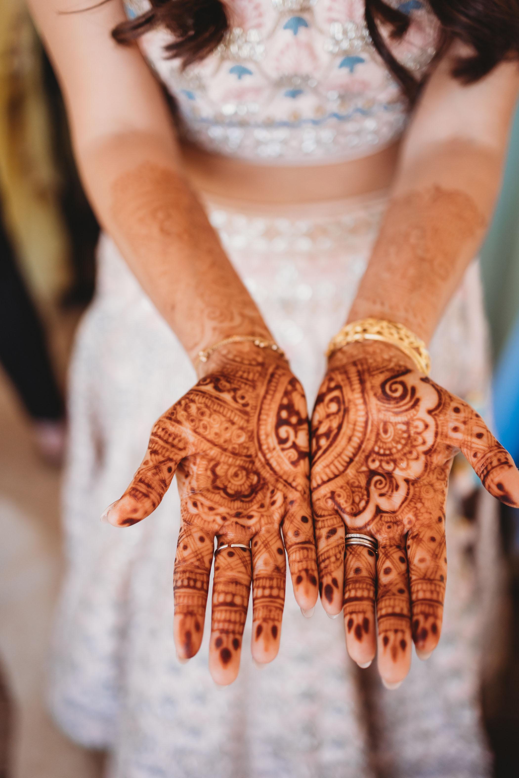 henna-bride