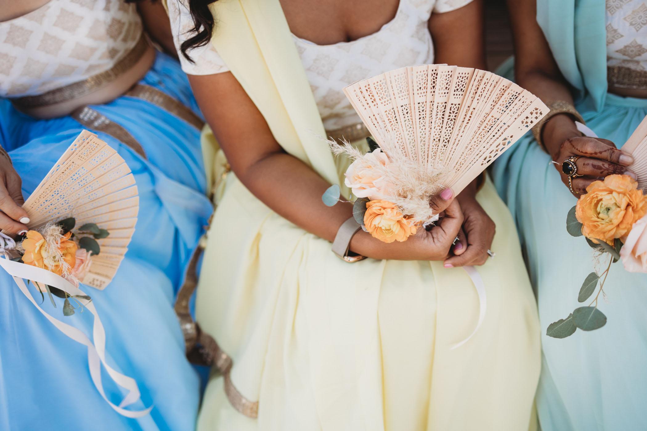 bridesmaids-fans