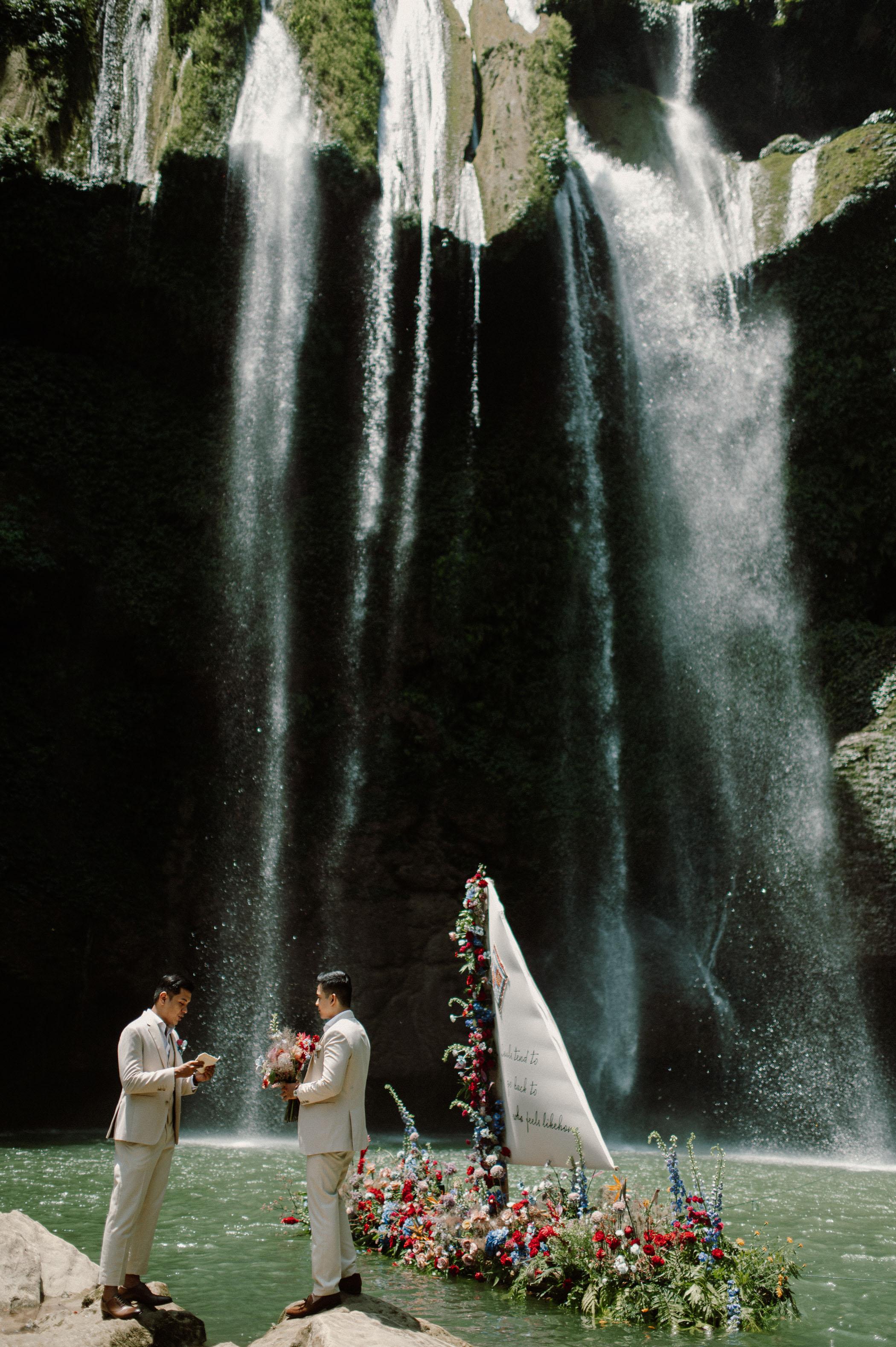 Moc Chau Waterfall Elopement