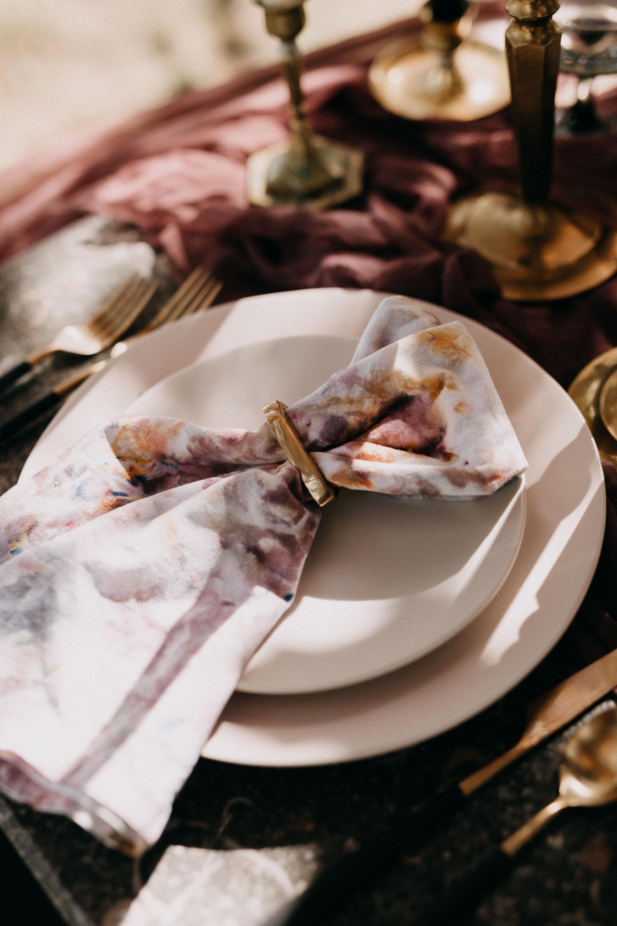 dyed-napkin-wedding