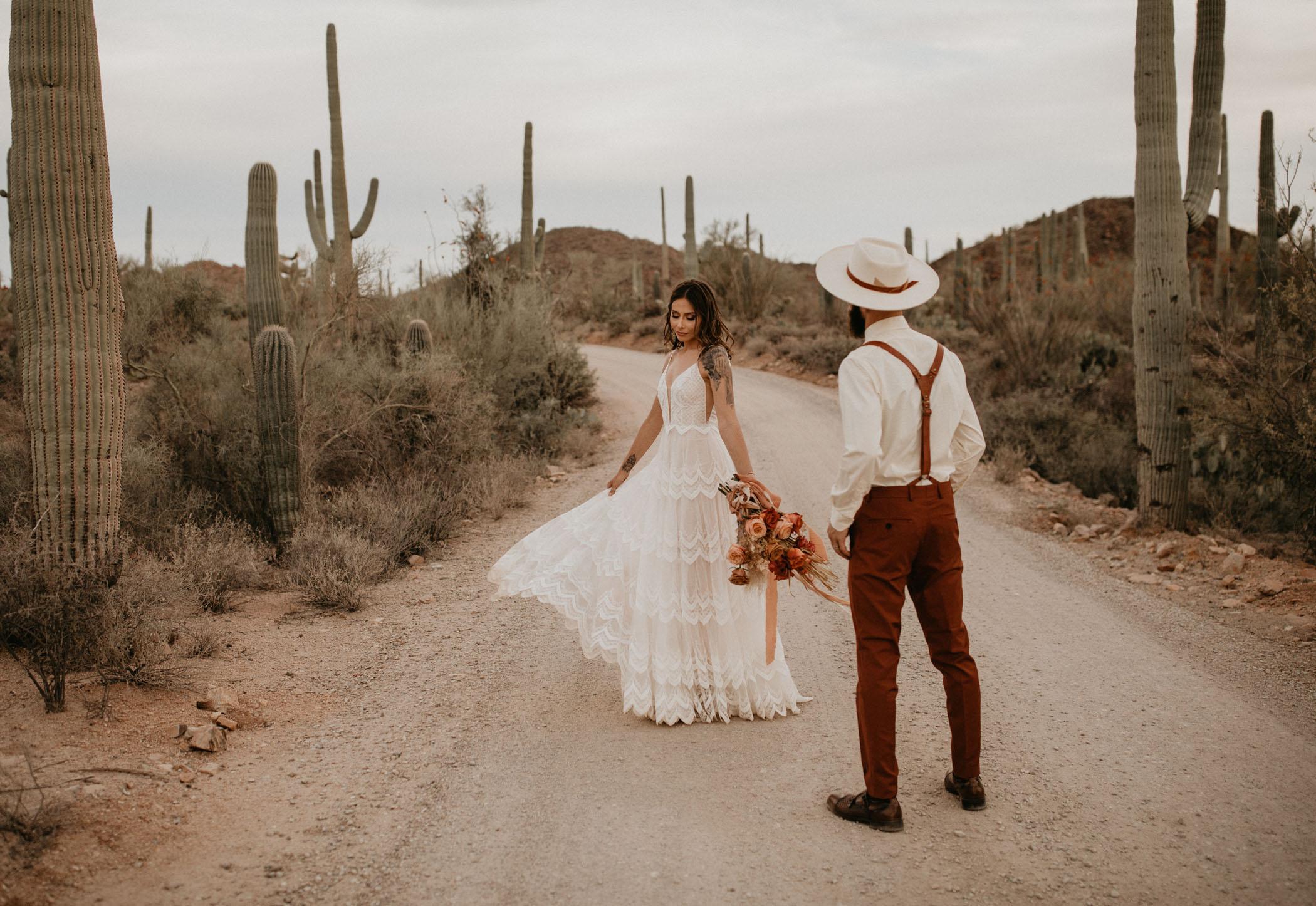 sunset-elopement-saguaro-national-park