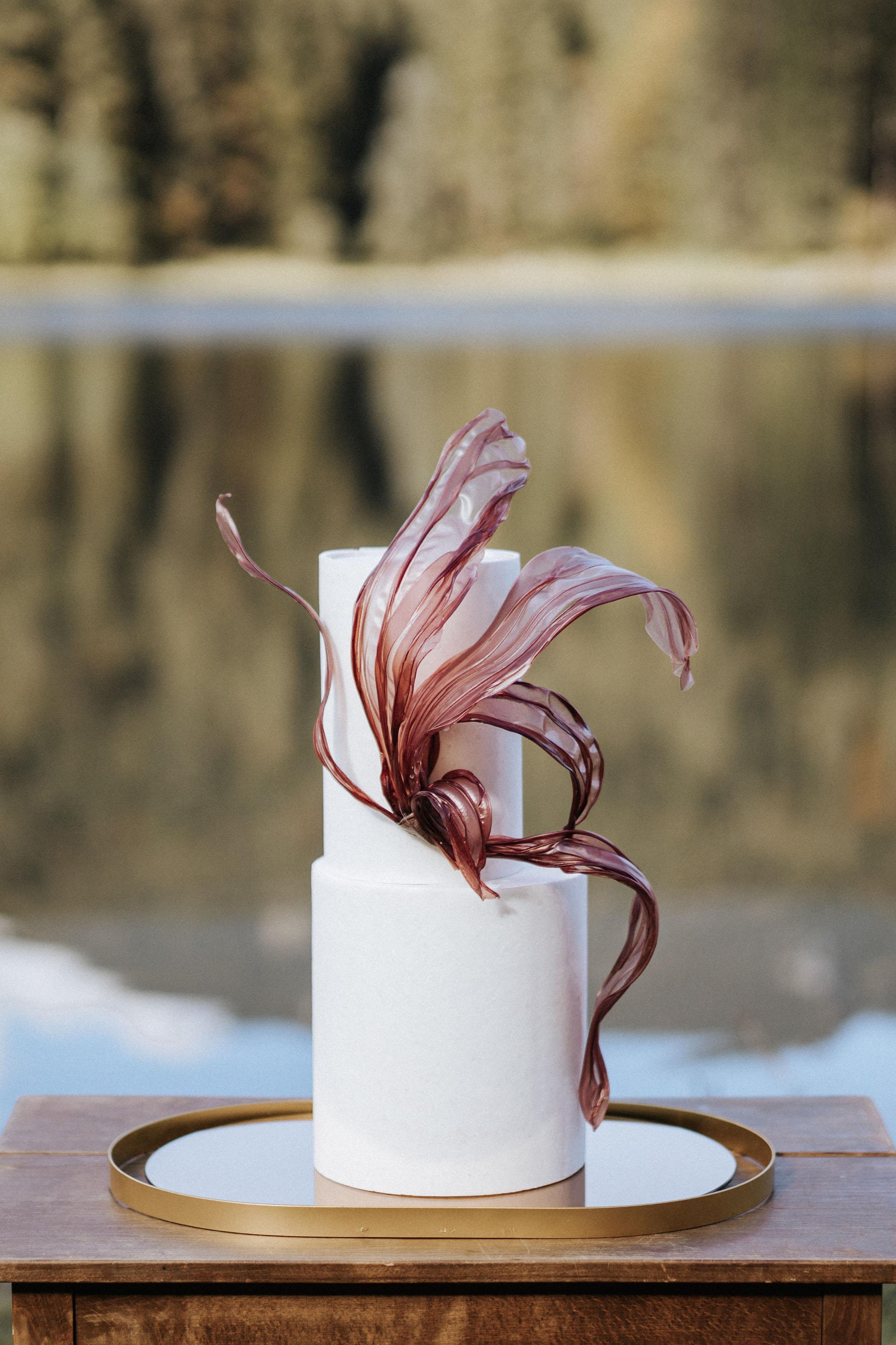 switzerland-wedding-cake
