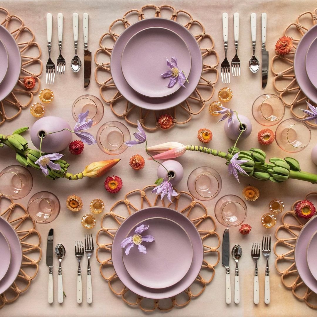 tropical tabletop place setting