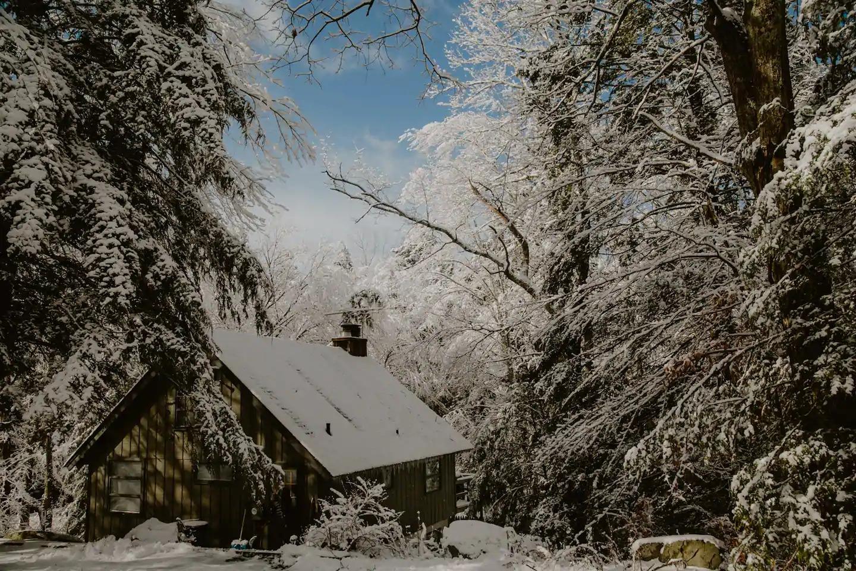 snowy honeymoon rental