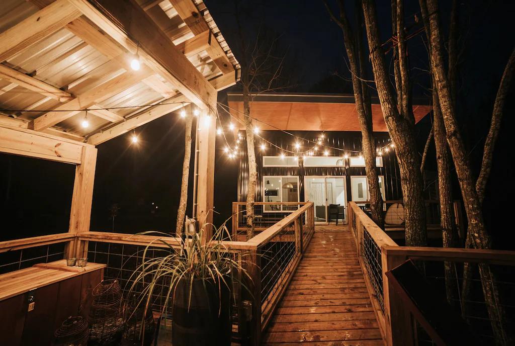 treehouse honeymoon