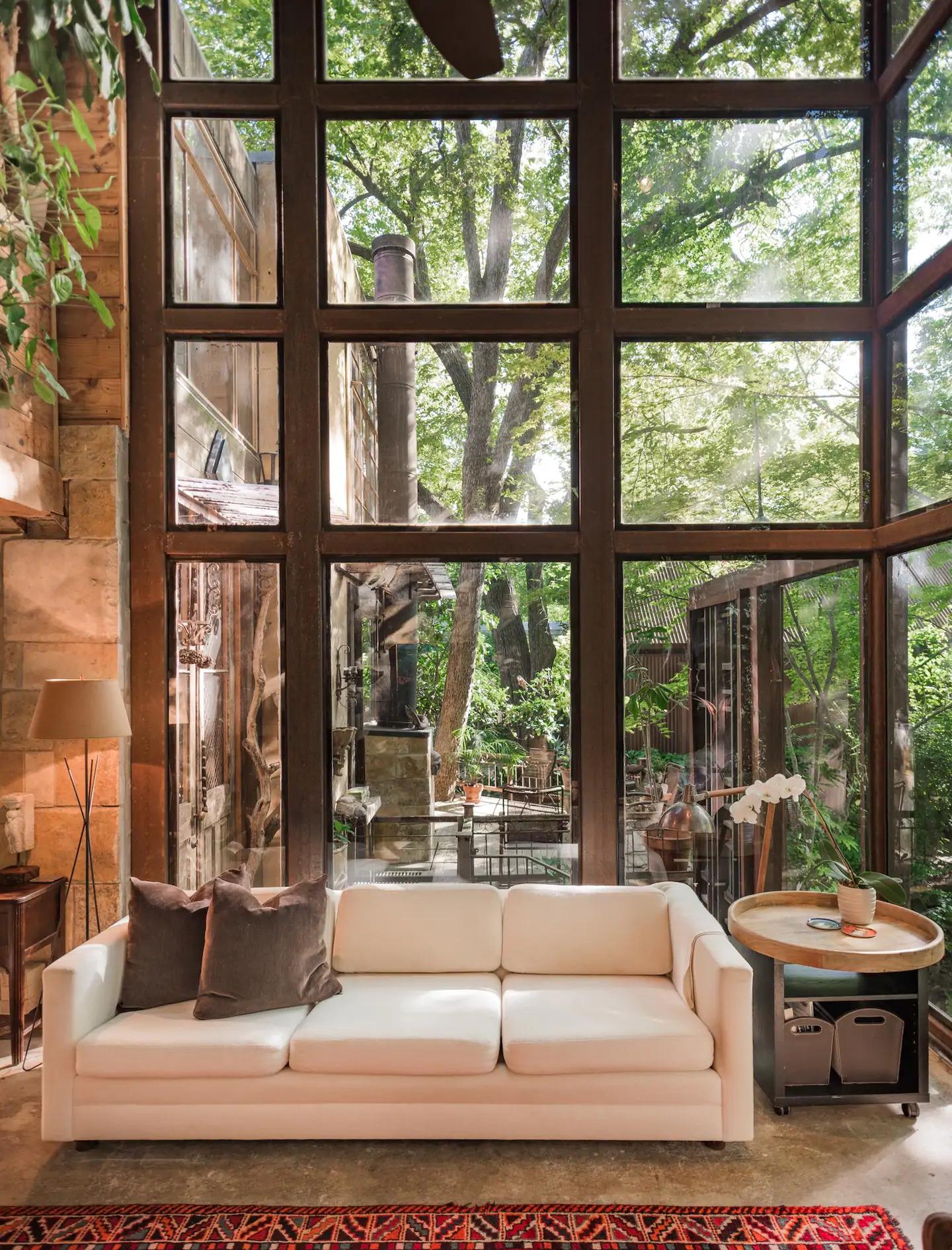 most romantic Airbnb rentals