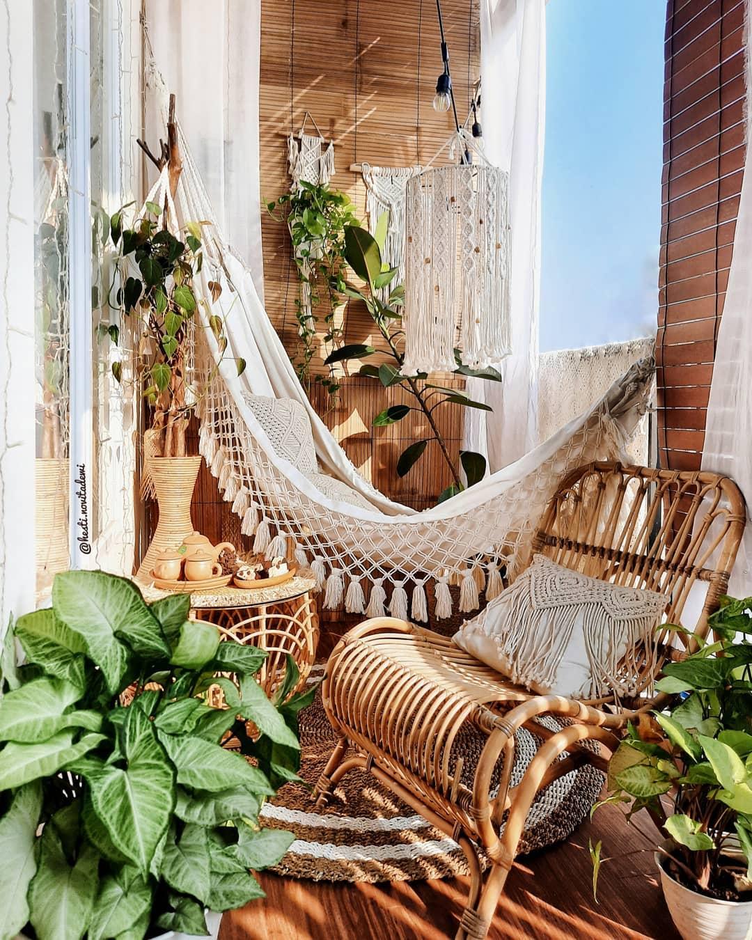 boho porch