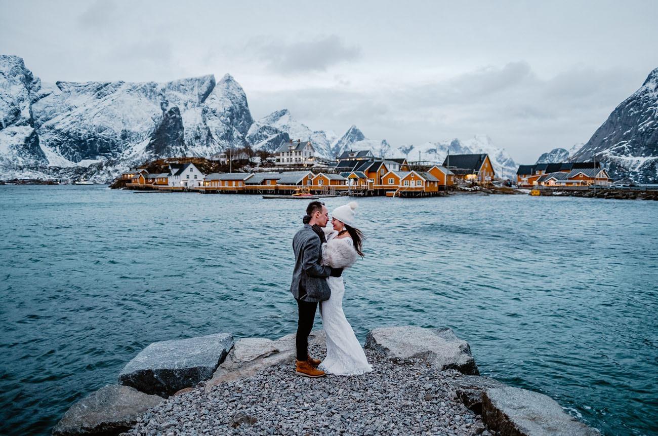 destination wedding on a chilly day in Lofoten Norway