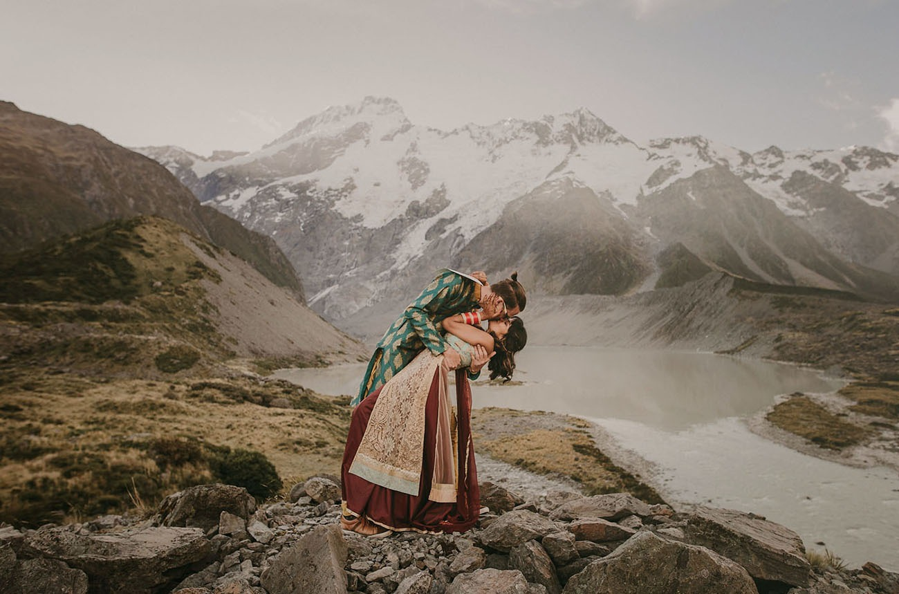 couple having their destination wedding in the mountains of New Zealand